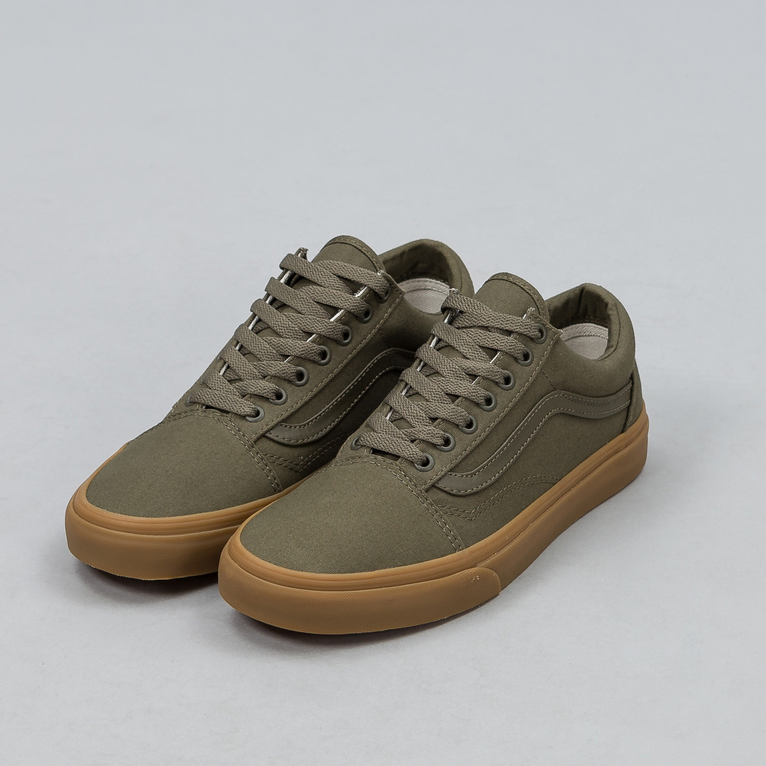 64efb6d0297 vans old skool men gum sole