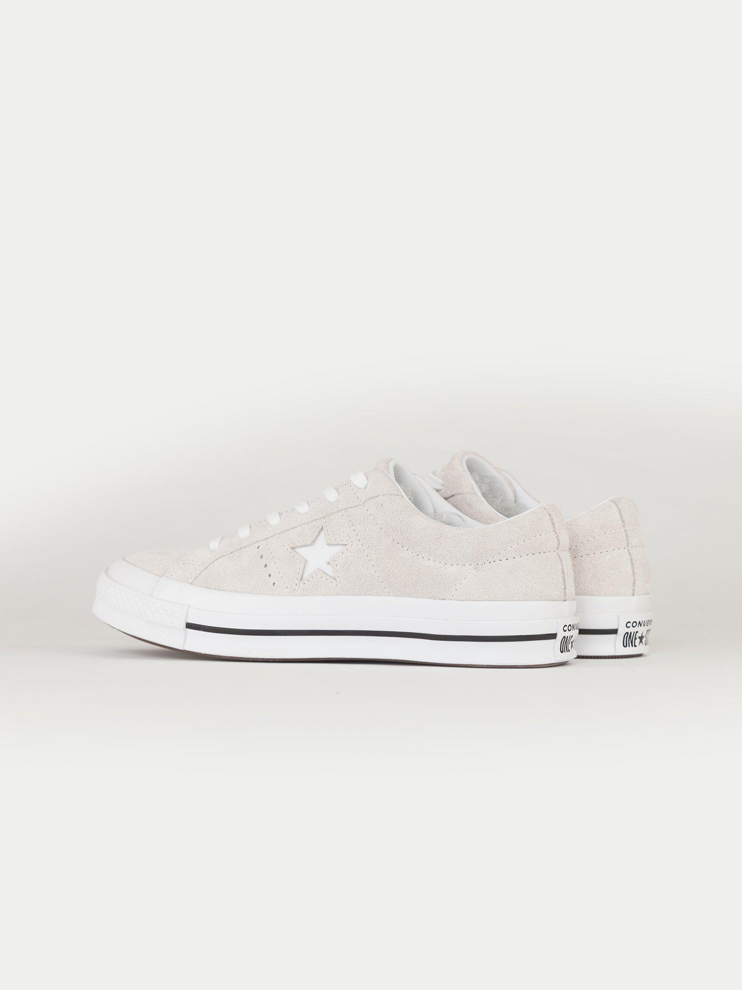 0cd97baacce331 Converse One Star Ox in White for Men - Lyst