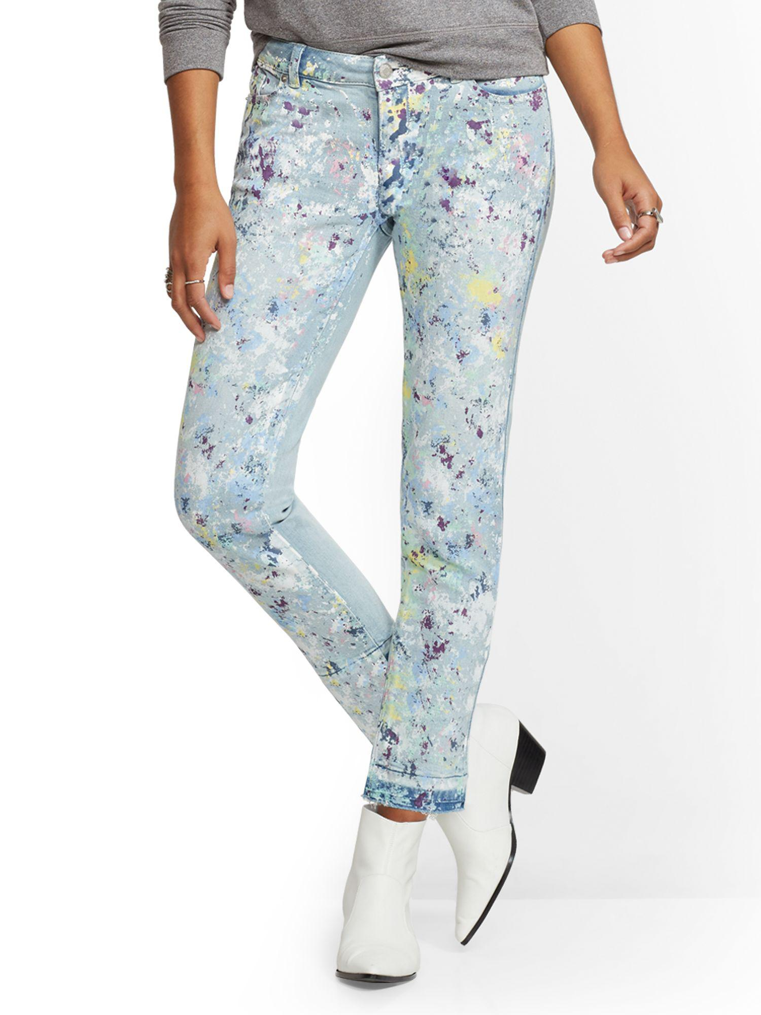 0a2c5eb48290 New York   Company. Women s Blue Soho Jeans - Paint-splattered Boyfriend  Jeans