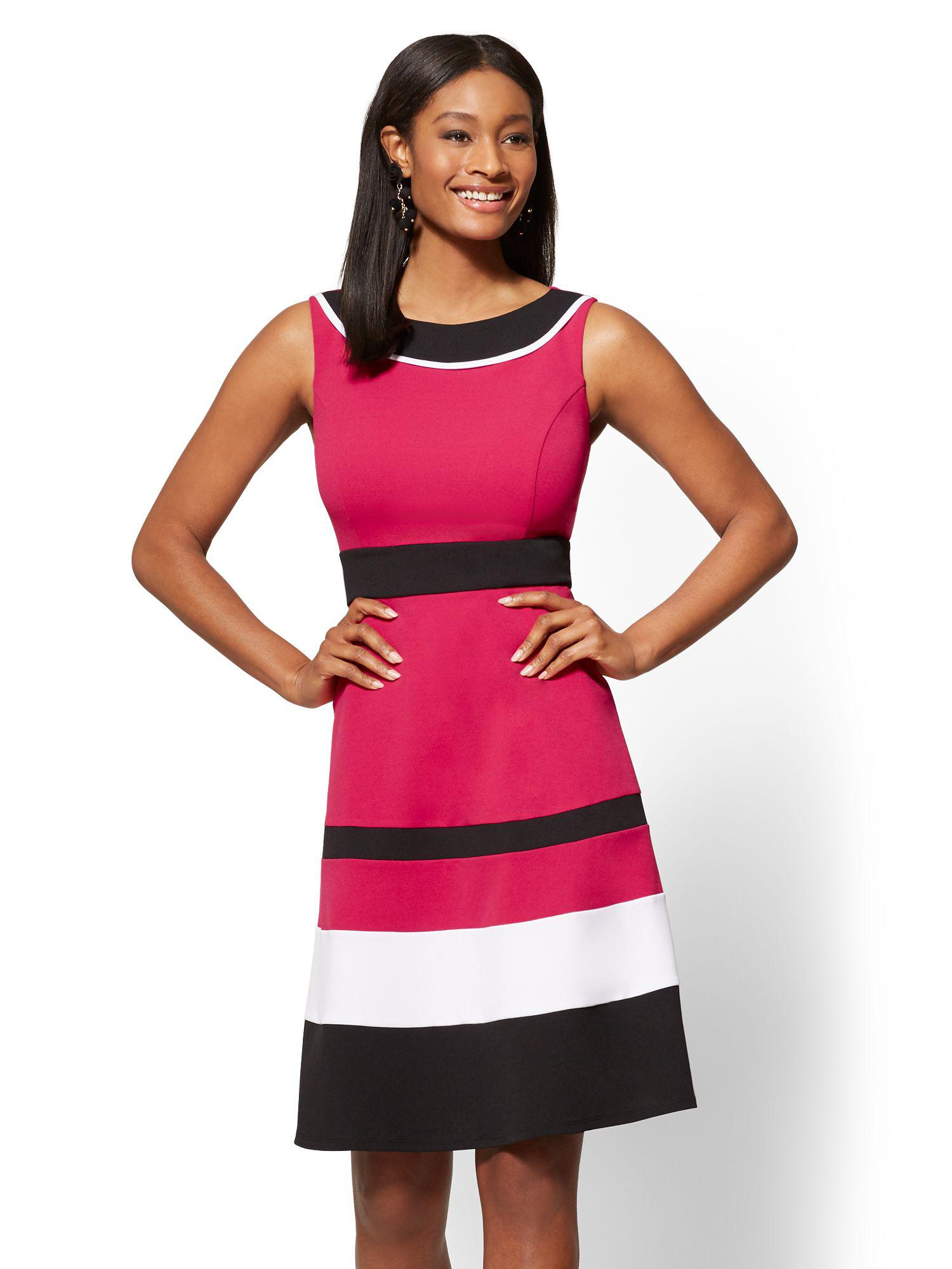 a01b644f553 Lyst - New York   Company Colorblock Fit And Flare Dress in Pink