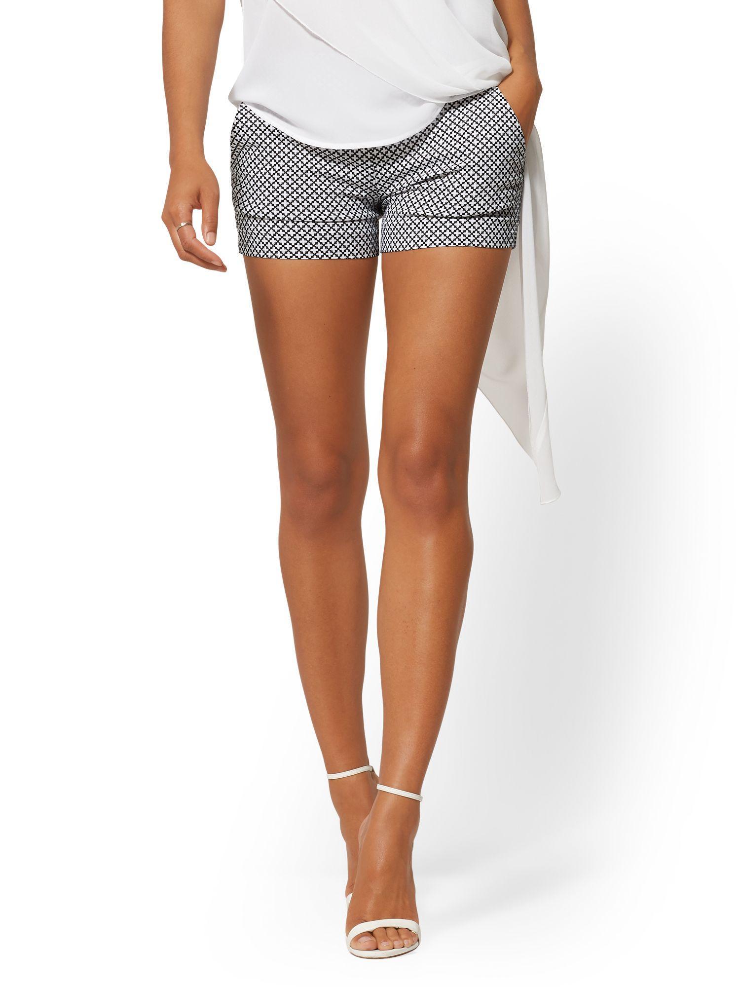 4146862b3e New York & Company. Women's Black Whitney High-waist Pull On 4 Inch Short  ...