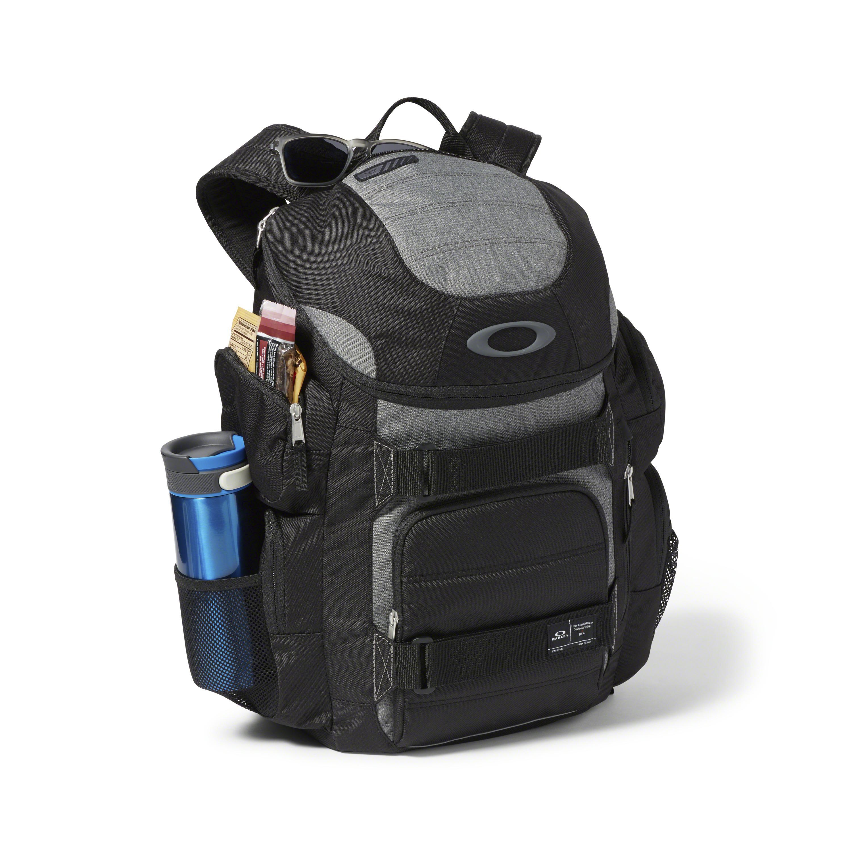 5e8eab5f2d Oakley - Black Enduro 30l 2.0 Backpack for Men - Lyst. View fullscreen