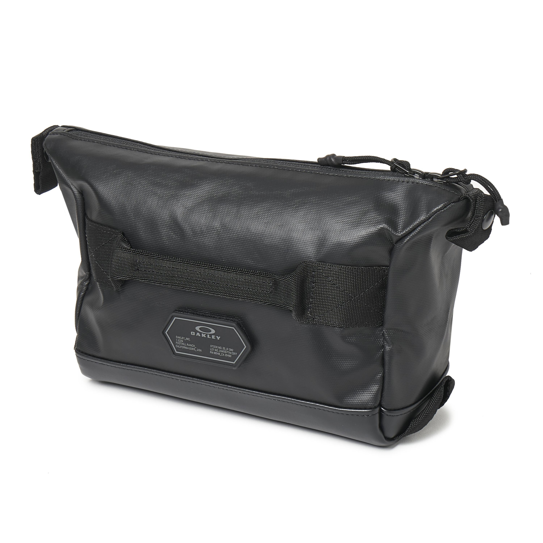Lyst - Oakley Training Small Beauty Case in Black for Men 94ccfa331acf3