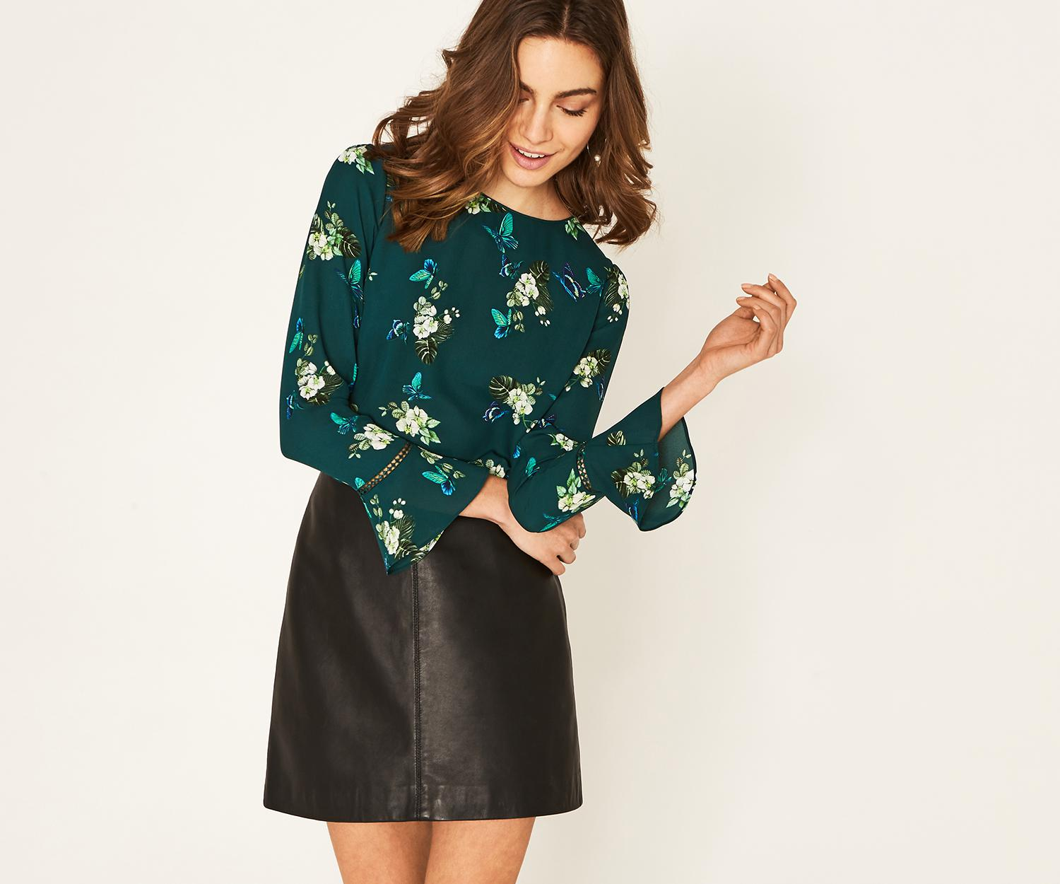Butterfly Print Fluted Sleeve Top - Multi green Oasis Buy Cheap For Sale Manchester 9K90F
