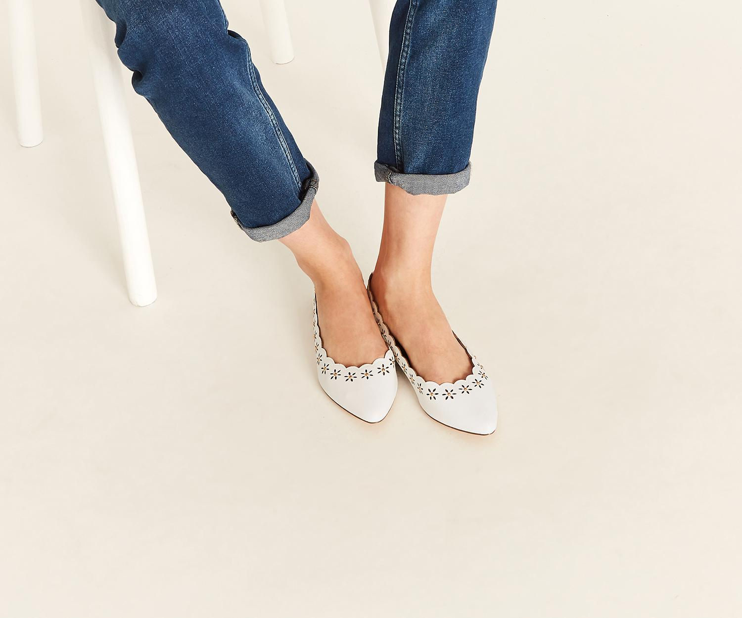outlet new White cutout scallop flats sale lowest price free shipping manchester great sale qd71Ka
