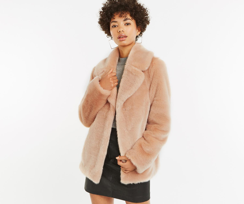 b18388044ec2 Lyst - Oasis Short Faux Fur Coat in Pink