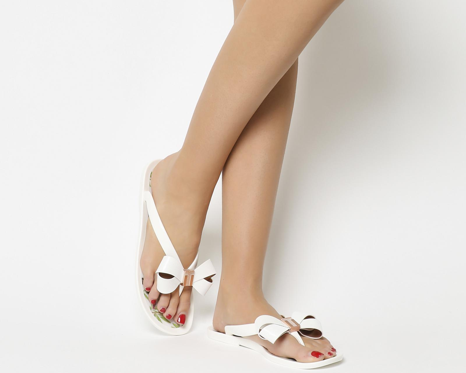 6ee4edf5e949a4 Lyst - Ted Baker Susziep Flip Flop Sandals