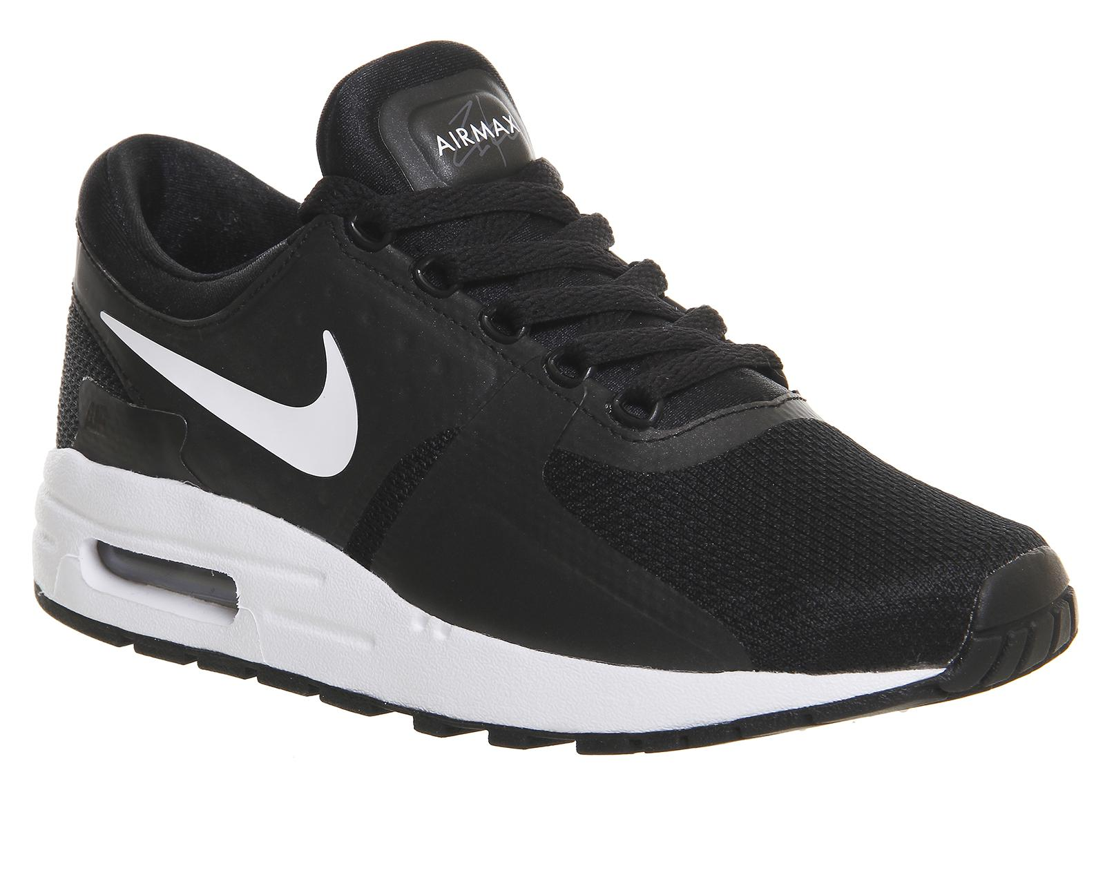 hot sale online 56342 e86b8 Gallery. Previously sold at Offspring · Womens Nike Air Max