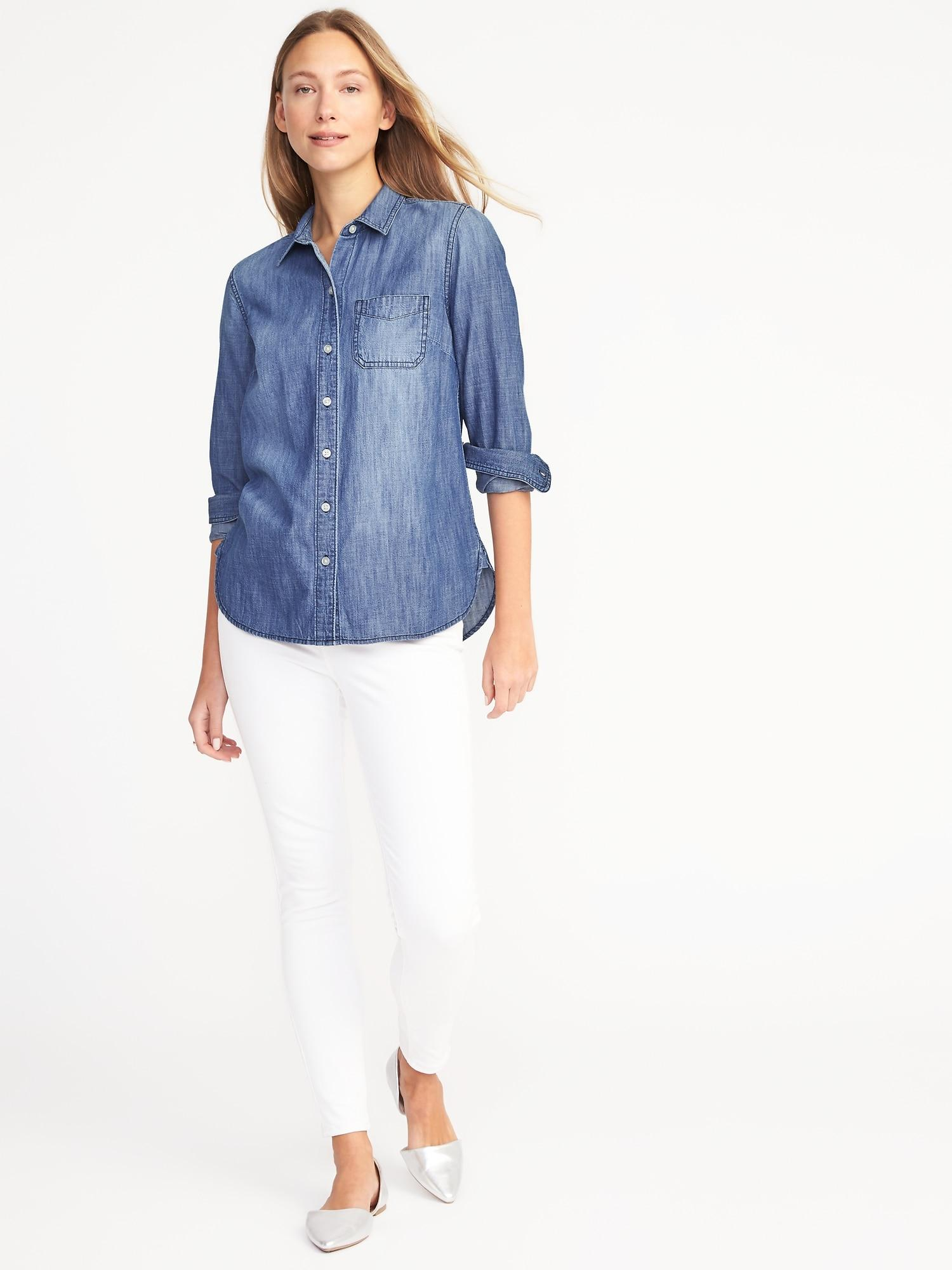 ba6e7fd86891 Old Navy Classic Chambray Shirt in Blue - Lyst