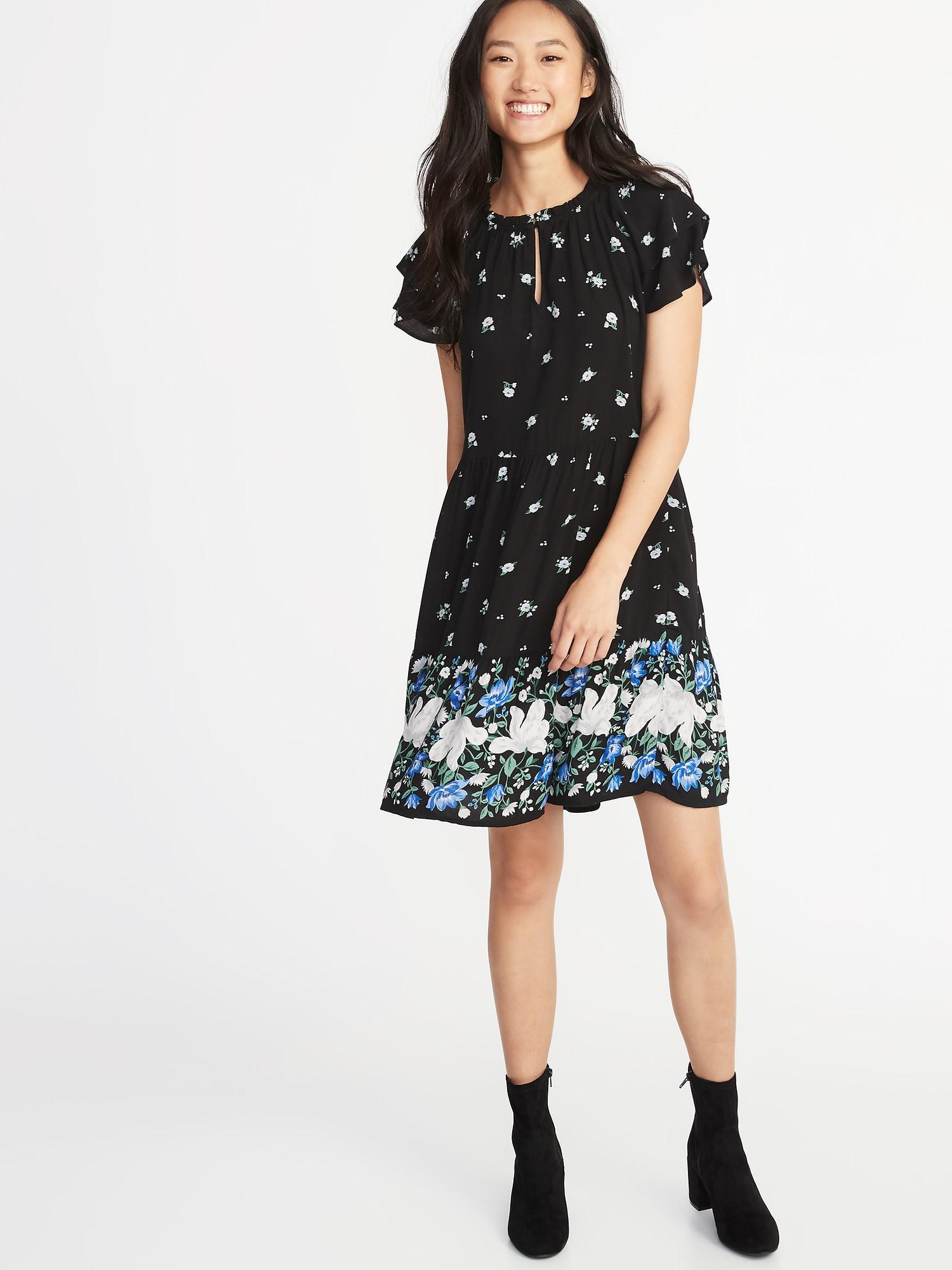2a857f2bb8f Gallery. Previously sold at  Old Navy · Women s Diane Von Furstenberg Bella  Women s Peter Pan Collar Dresses ...
