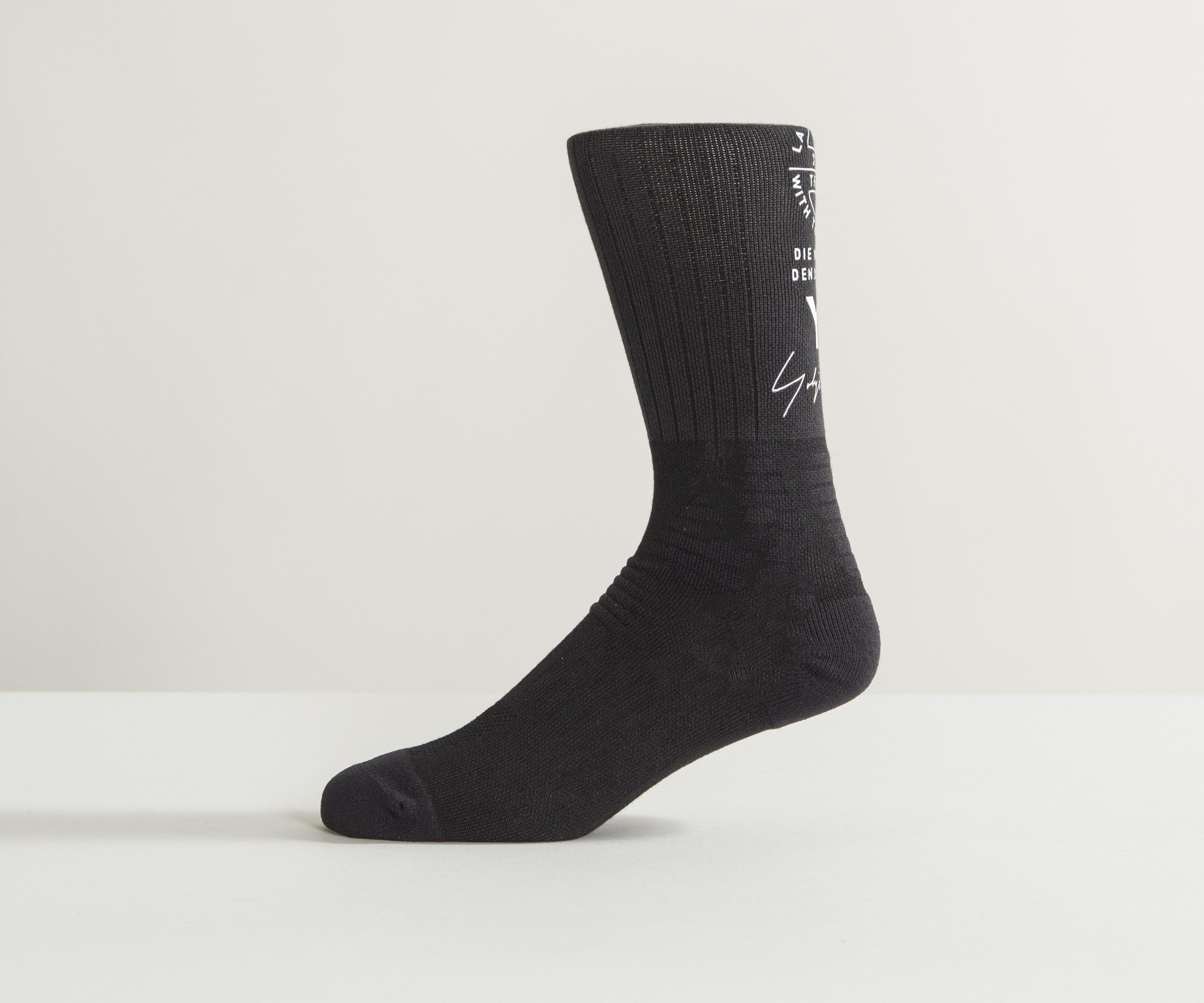 0f5d0b932 Y-3 Logo Tube Socks Black in Black for Men - Lyst