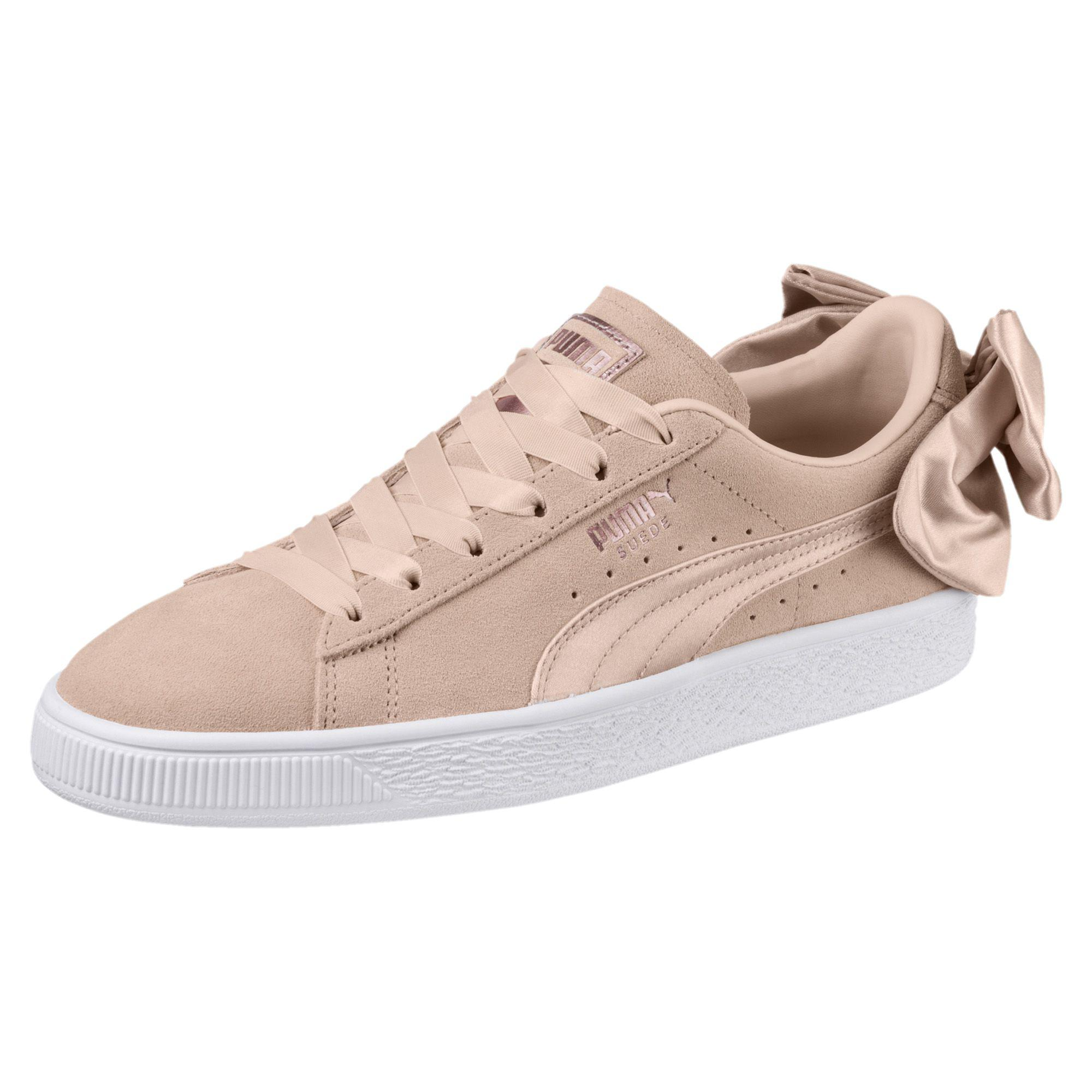 239041cd4e8 PUMA Suede Bow Valentine Women's Sneakers - Lyst
