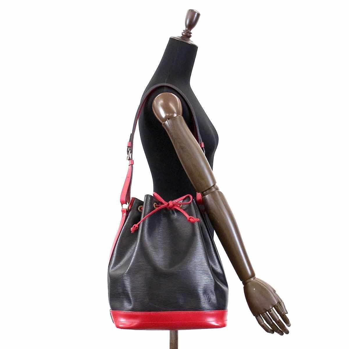 cbd786e23757 Lyst - Louis Vuitton Epi Leather Noe Shoulder Bag Red Black M44017 ...