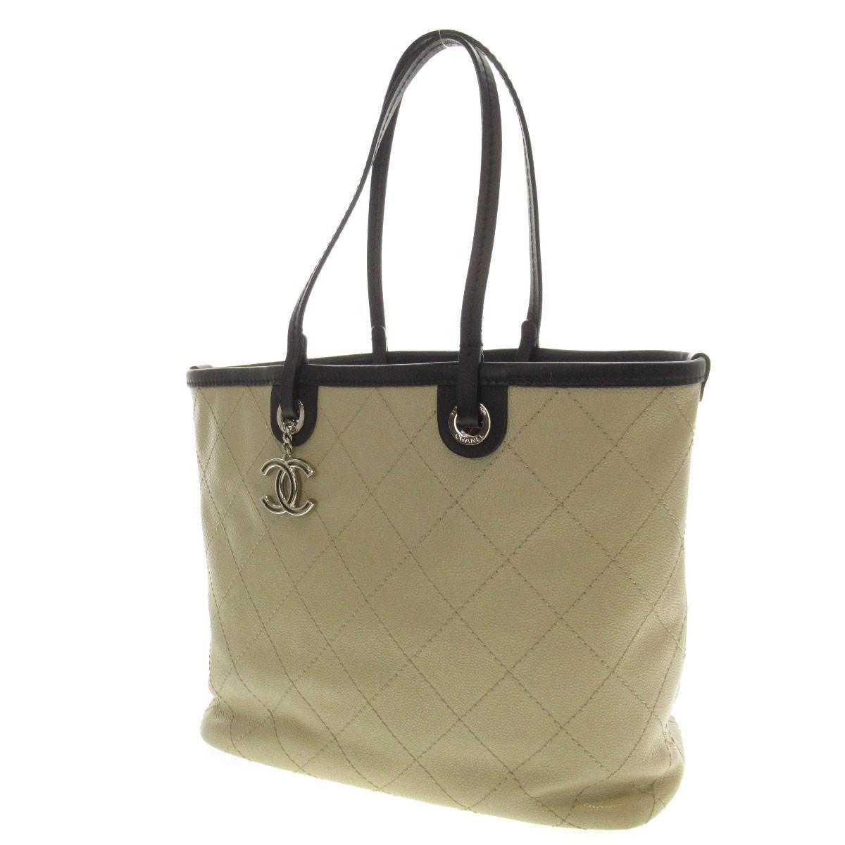 fcbf99e671a2 Lyst - Chanel Caviar Skin Tote Bag Coco Mark in Natural