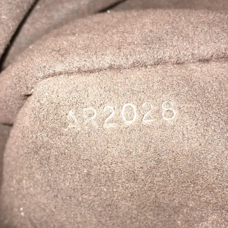 e8629d0141e6 Lyst - Louis Vuitton Xs Crossbody Bag Mahina Leather in Black