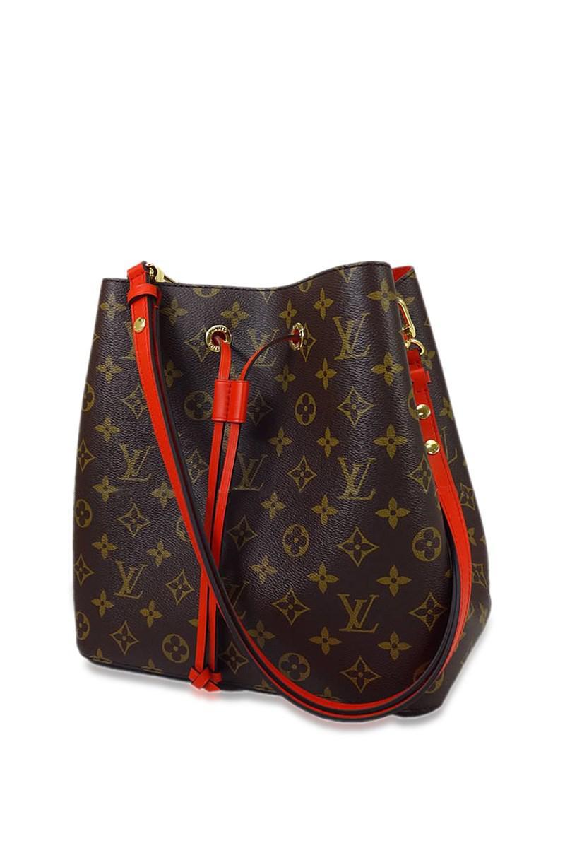 11de1881f4ff Lyst - Louis Vuitton Shoulder Bag