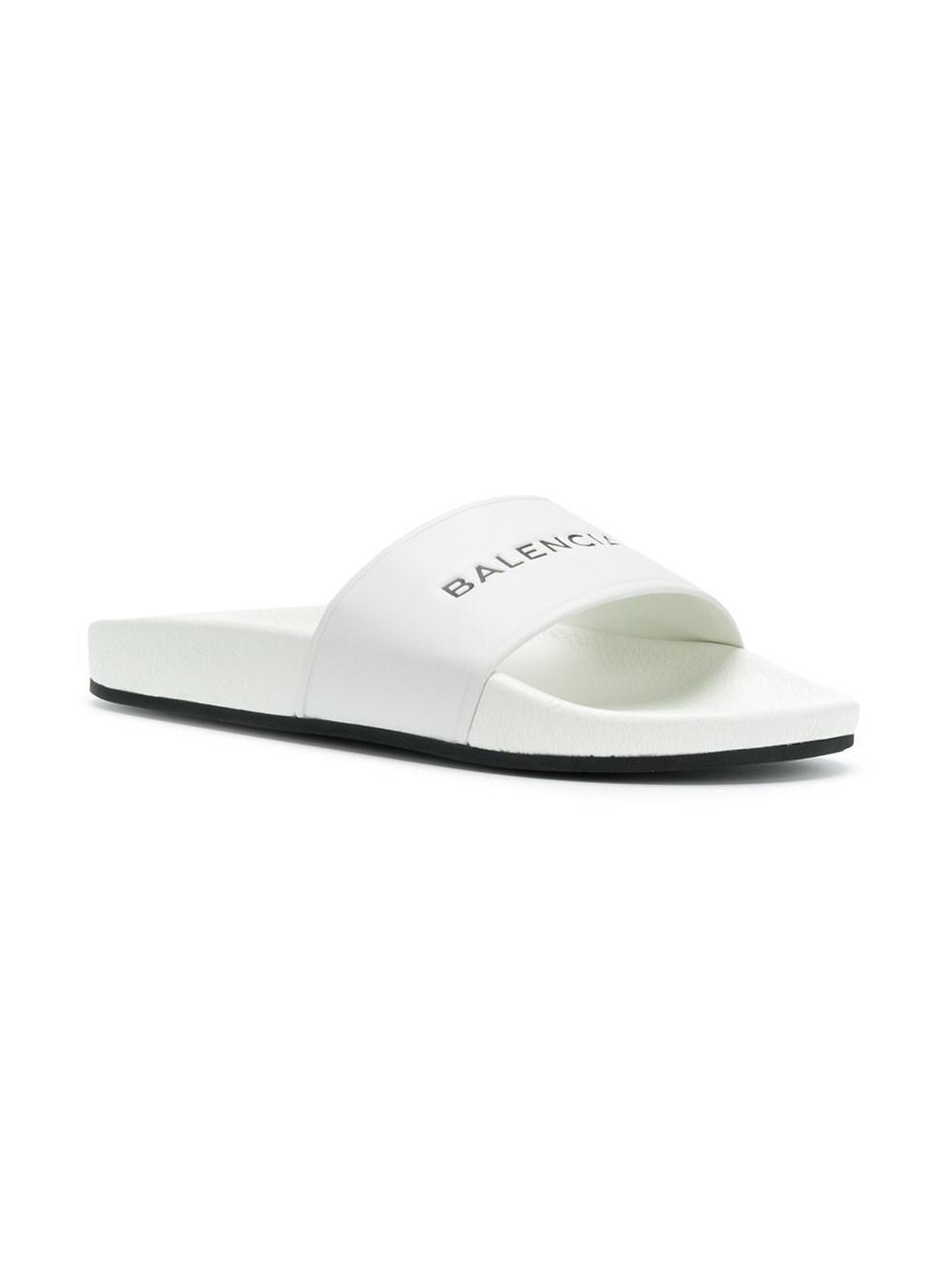 2f20361568b2 Lyst - Balmain Flip Flops   Slides 500573 Wal00 9061 in White