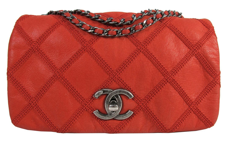 ebed5ecffbba Lyst - Chanel Red Diamond Stitch Iridescent Calfskin Flap Bag Rhw in Red