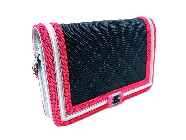 db6dc6dd1f0f Lyst - Chanel Chain Wallet A80287 Nylon Leather Navy Blue X Pink in Blue