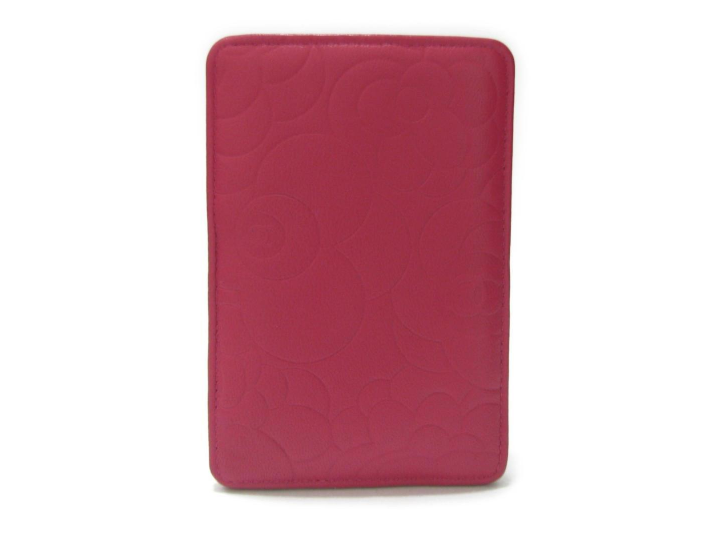 finest selection 2a9a6 1f5fe Lyst - Chanel Camellia Iphone Case Calfskin Leather Pink in Pink