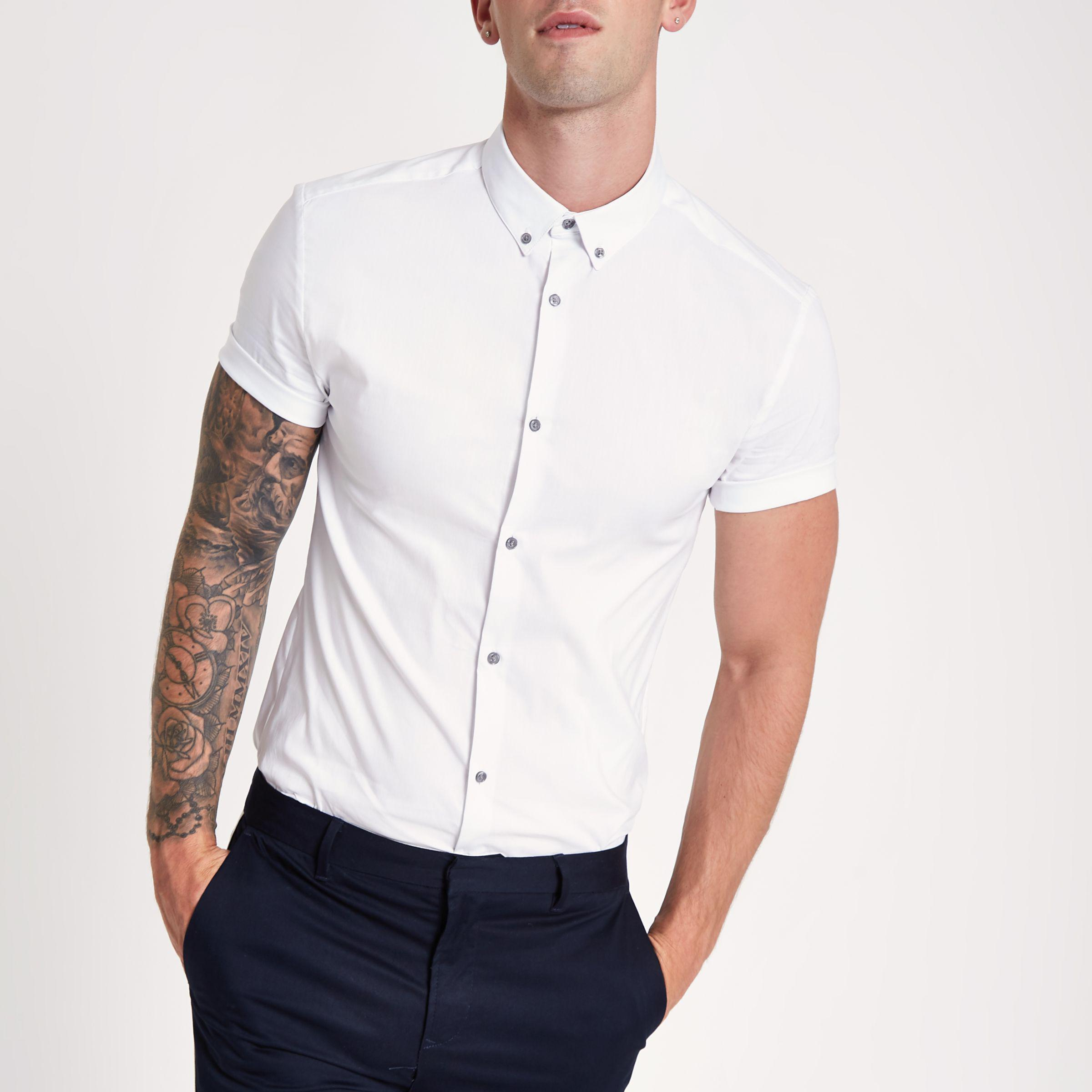 ebb8f4ed4f Lyst - River Island White Poplin Muscle Fit Short Sleeve Shirt in ...