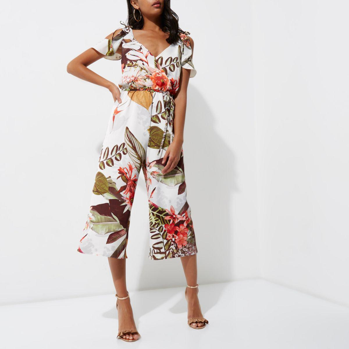 a8b307ca17c0 River Island Green Floral Cold Shoulder Culotte Jumpsuit in Green - Lyst