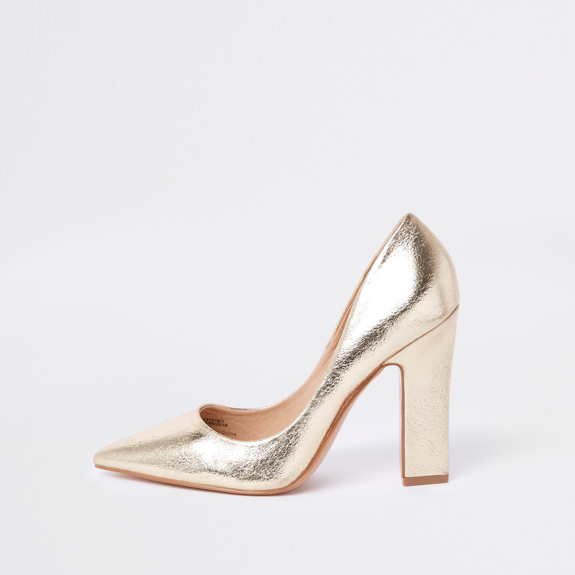 84a16e419b0 River Island Metallic Court Shoes in Metallic - Lyst