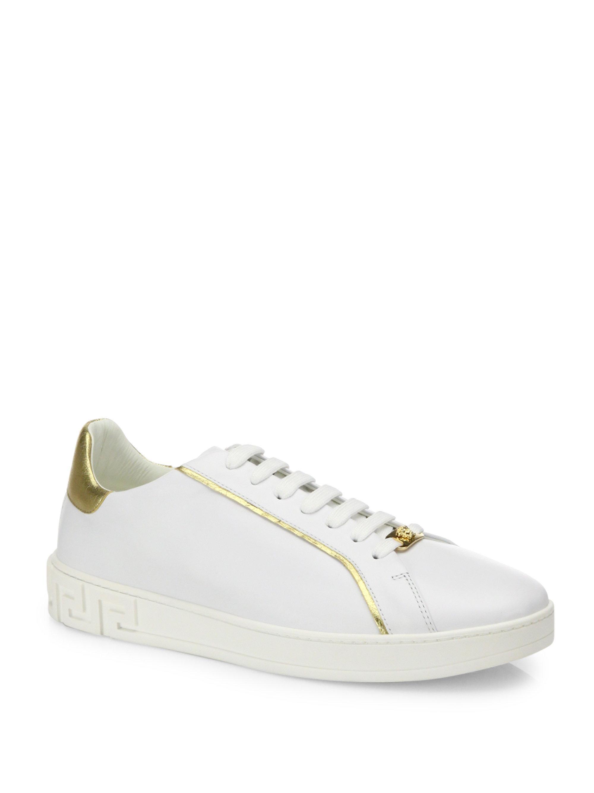 VERSACEGrecco Signature Accented Leather Low-Top Sneakers DeswFQf1Dj