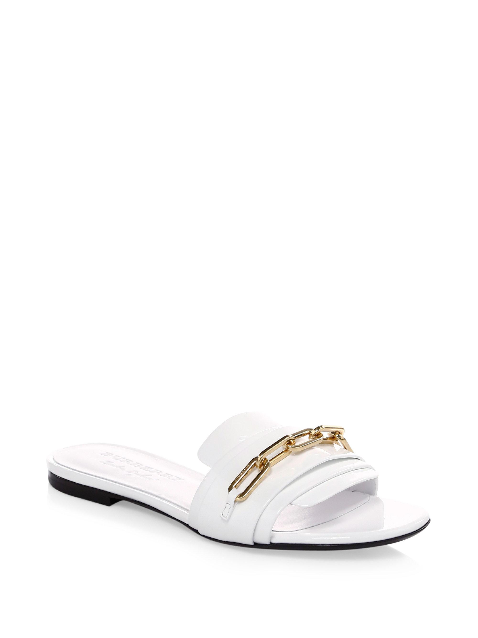 Burberry Chain Patent Leather Flat Sandals bE7fD7IR