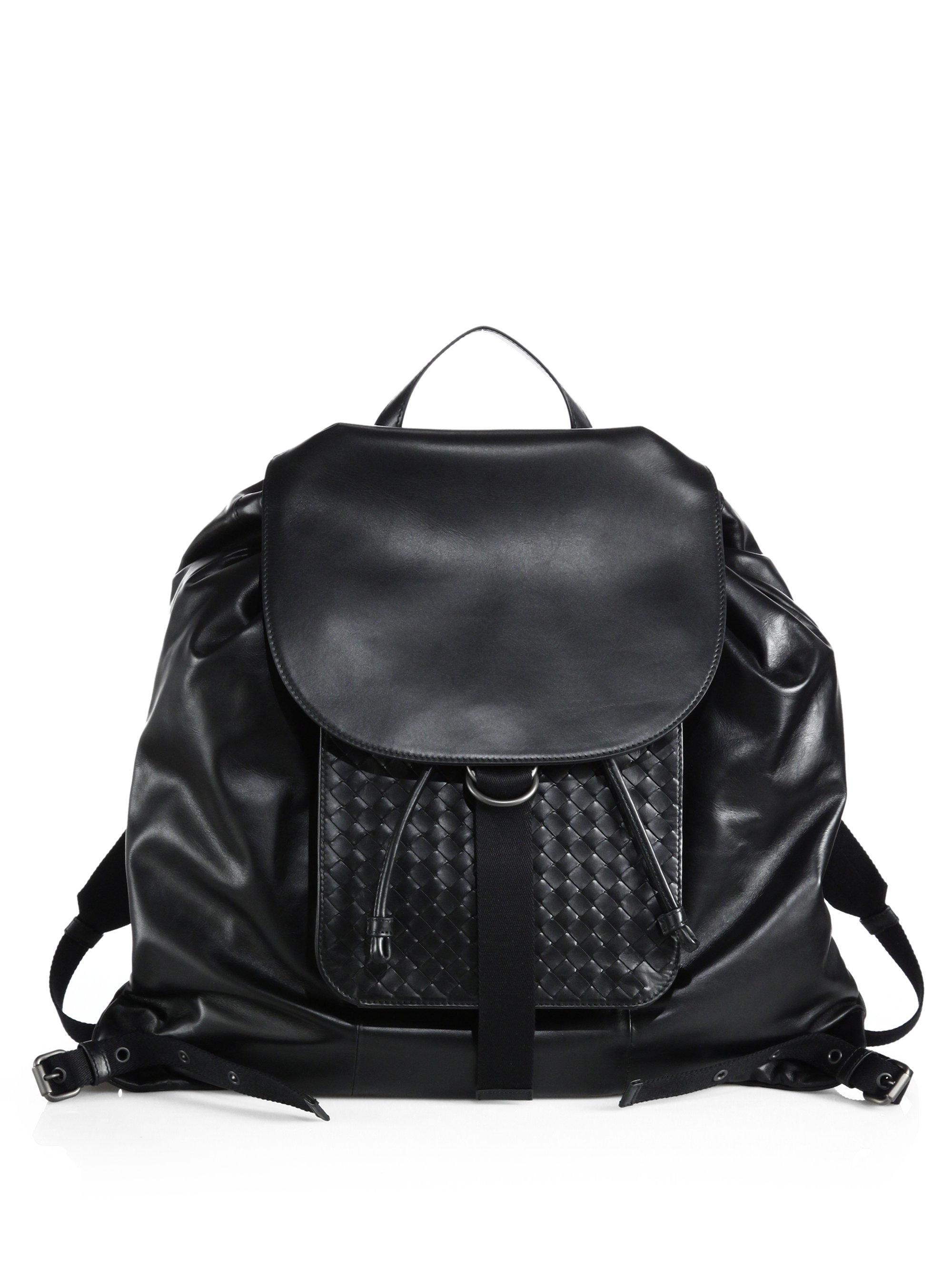 9be173d4a9 Lyst - Bottega Veneta Leather Drawstring Backpack in Black for Men