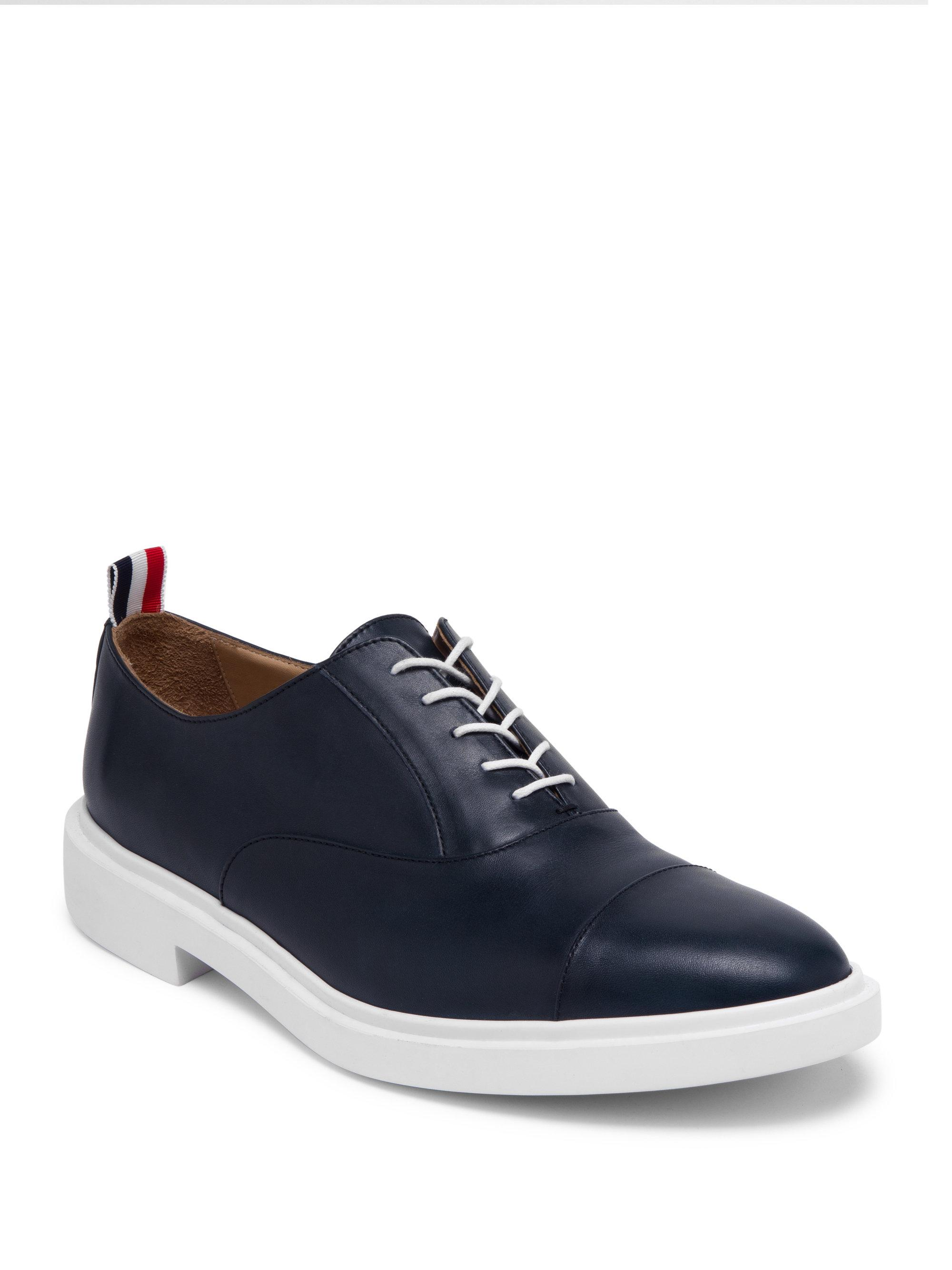 Navy Toe Cap Oxfords Thom Browne BuIOt