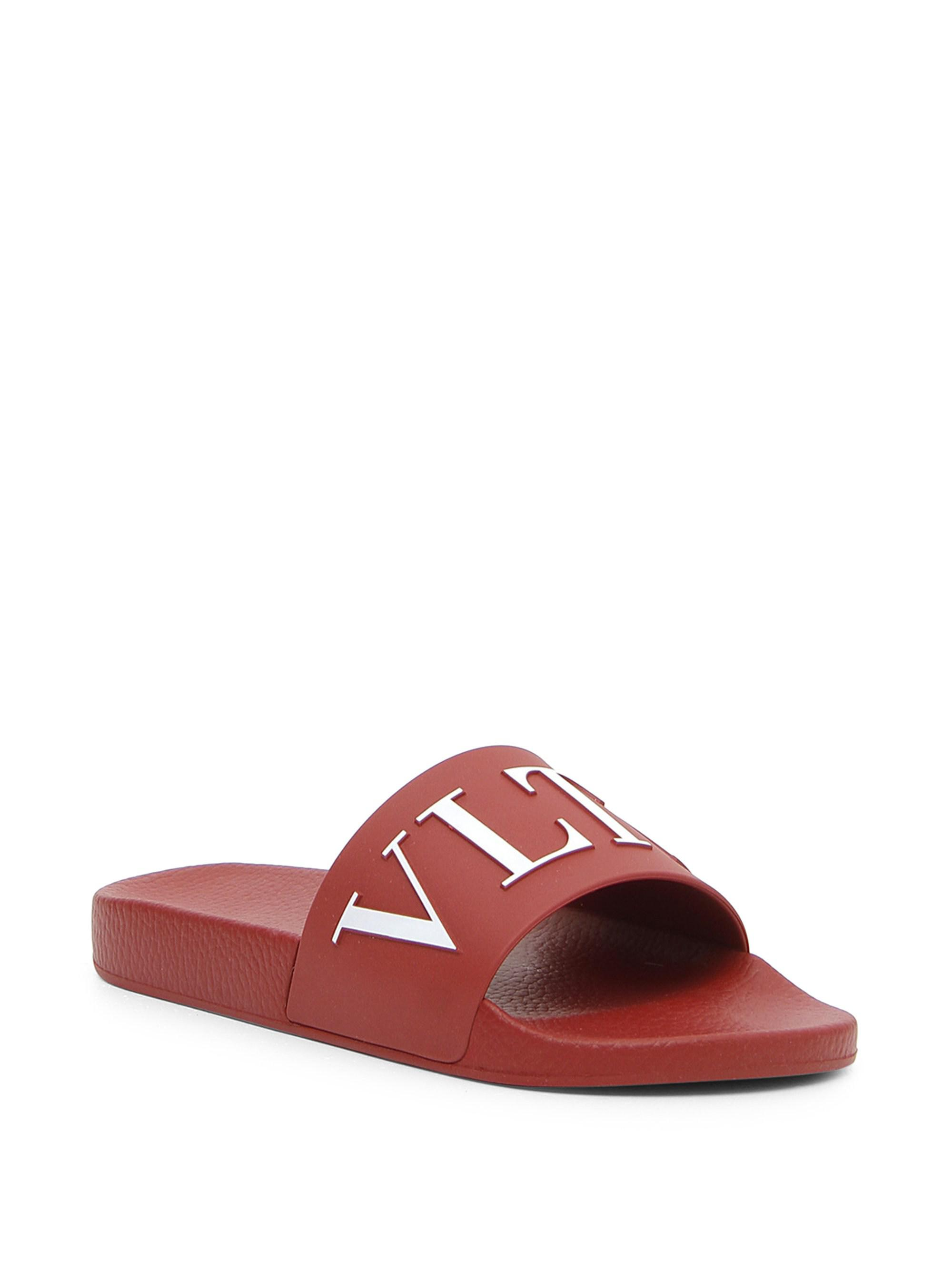 646b2ef388f Lyst - Valentino Logo Rubber Slides in Red