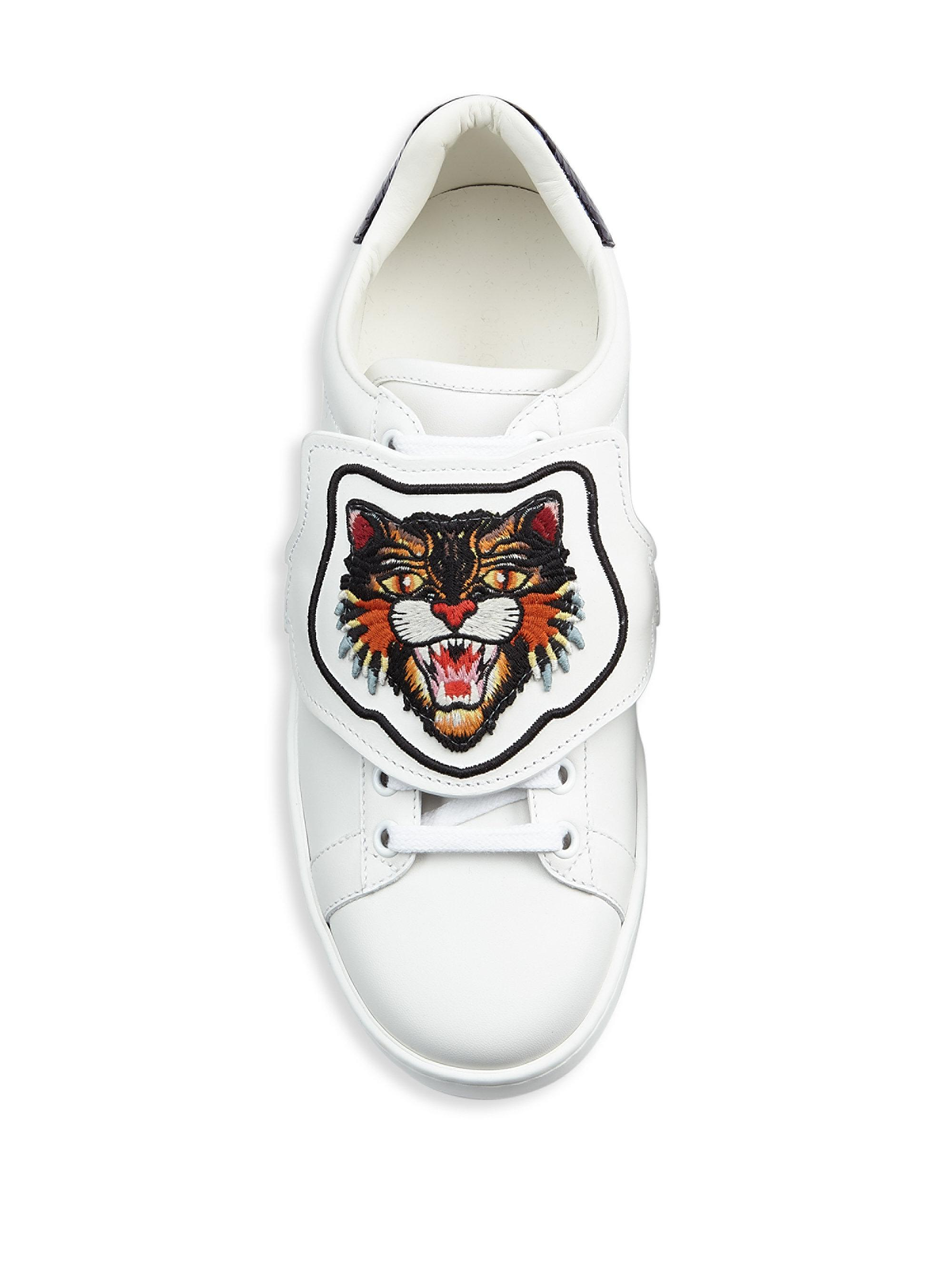ab4d33565 Gucci New Ace Lion Patch Sneakers in White - Lyst