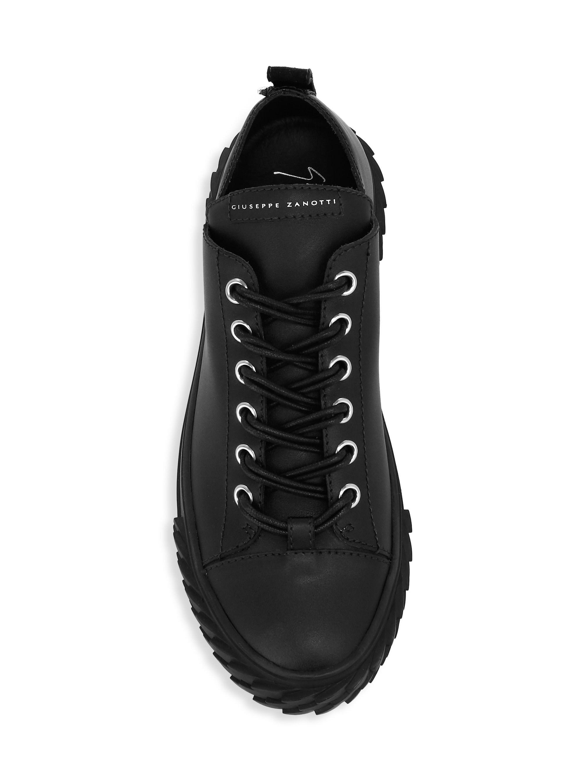 61dced9c77082 Giuseppe Zanotti Men's Moxie Leather Low-top Sneakers - Nero - Size ...
