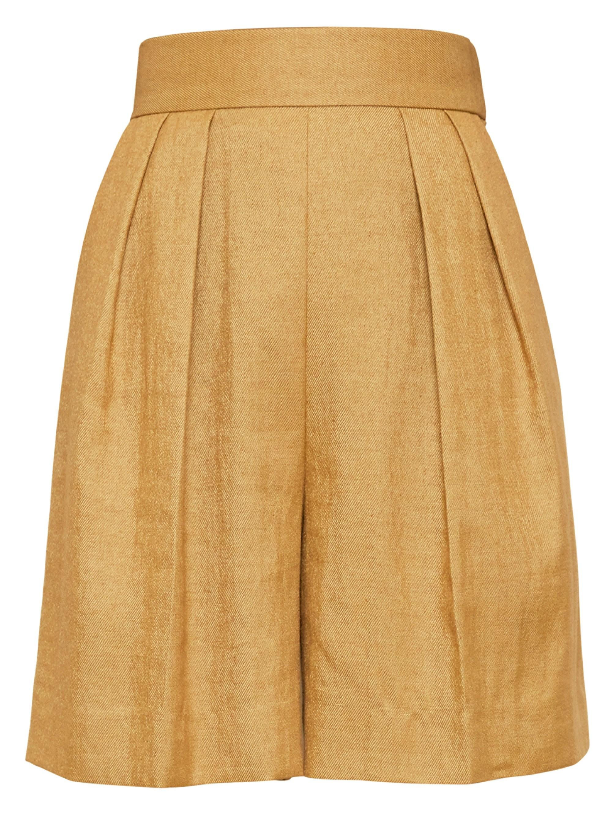 eabaddf15b13e Lyst - Theory High-waist Pleat-front Shorts in Natural