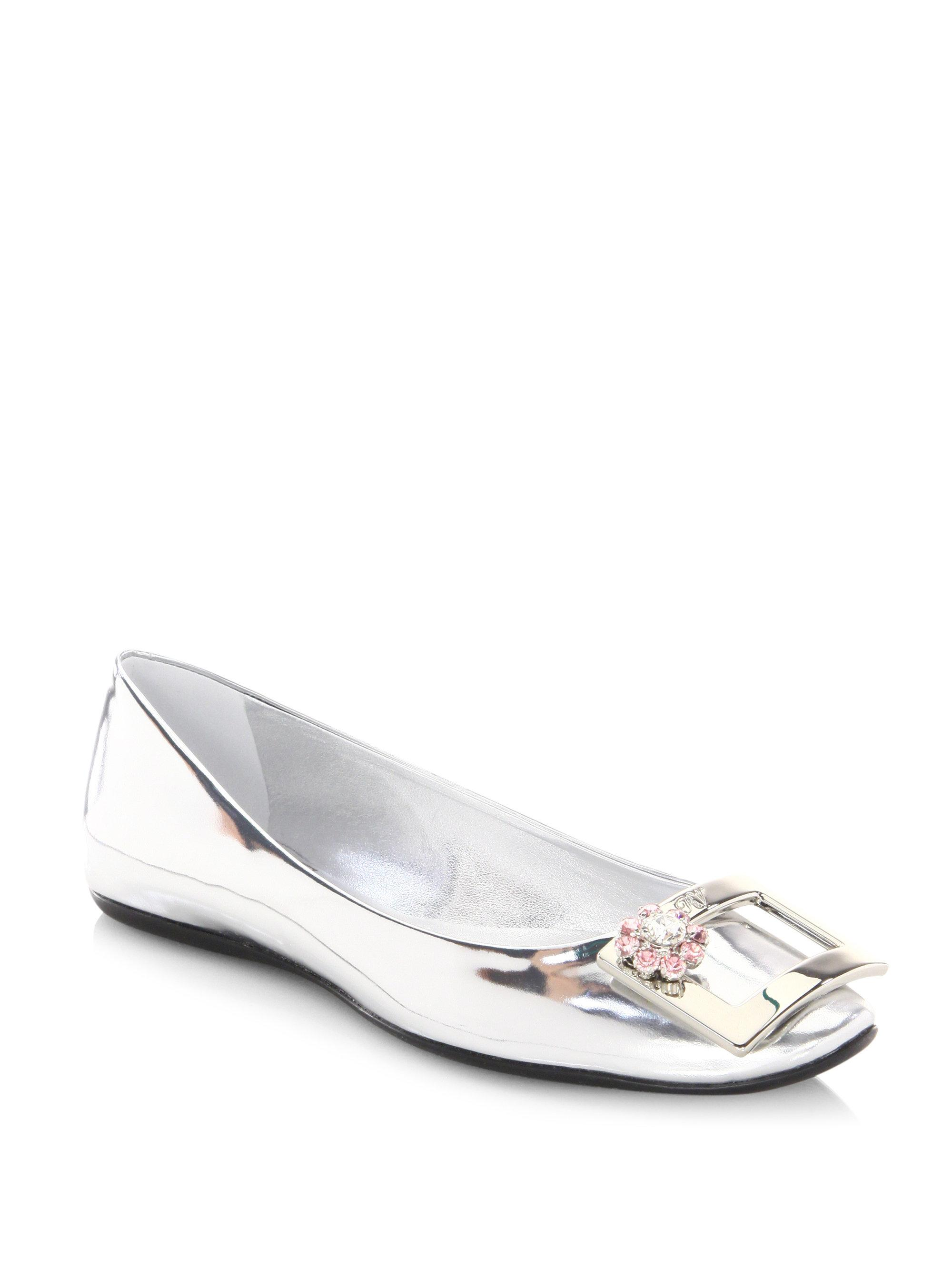 b32613cae Lyst - Roger Vivier Jeweled Leather Ballet Flats in Metallic