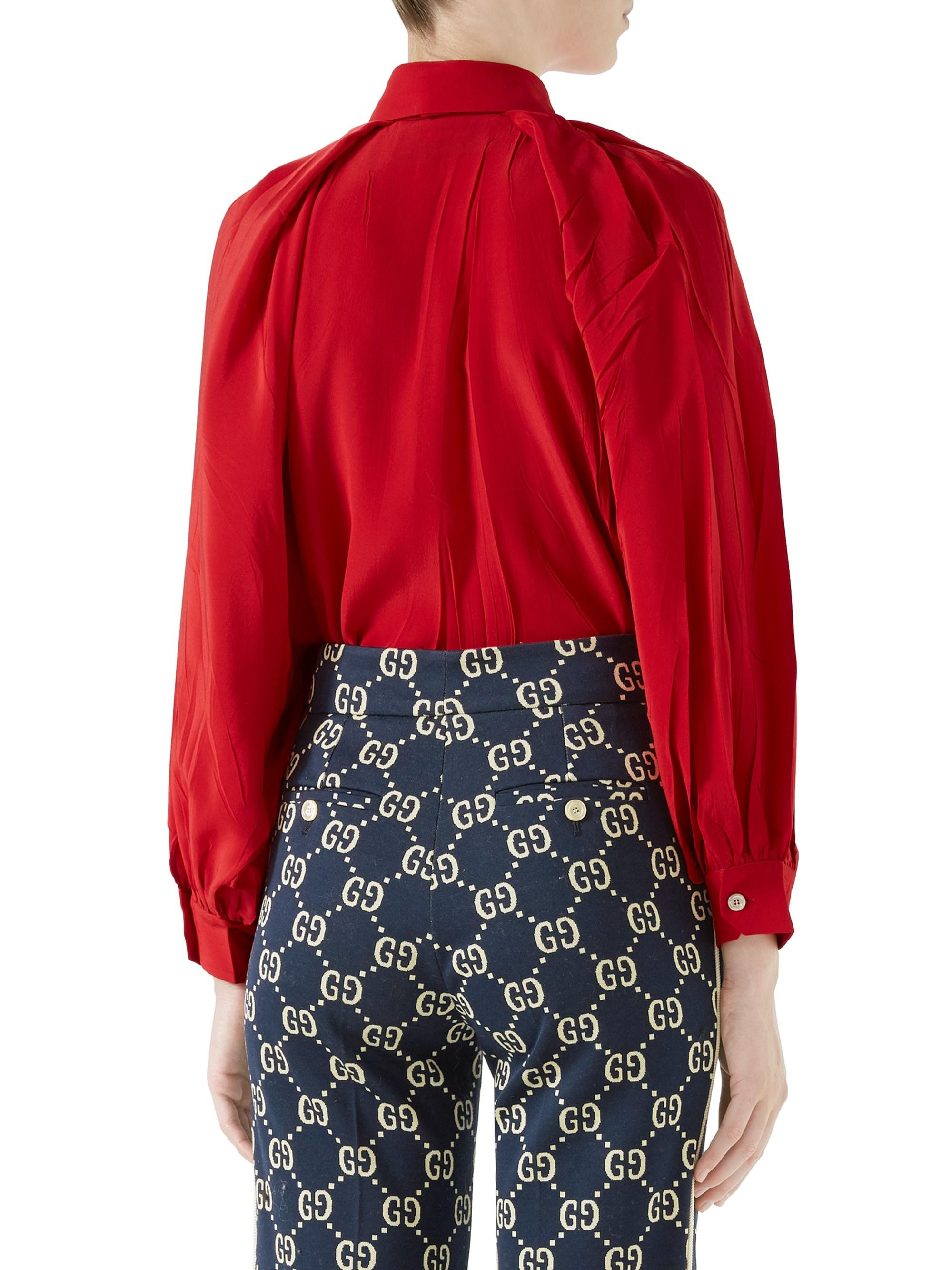 2a7376c1 Lyst - Gucci Long-sleeve Bow Detail Silk Shirt in Red