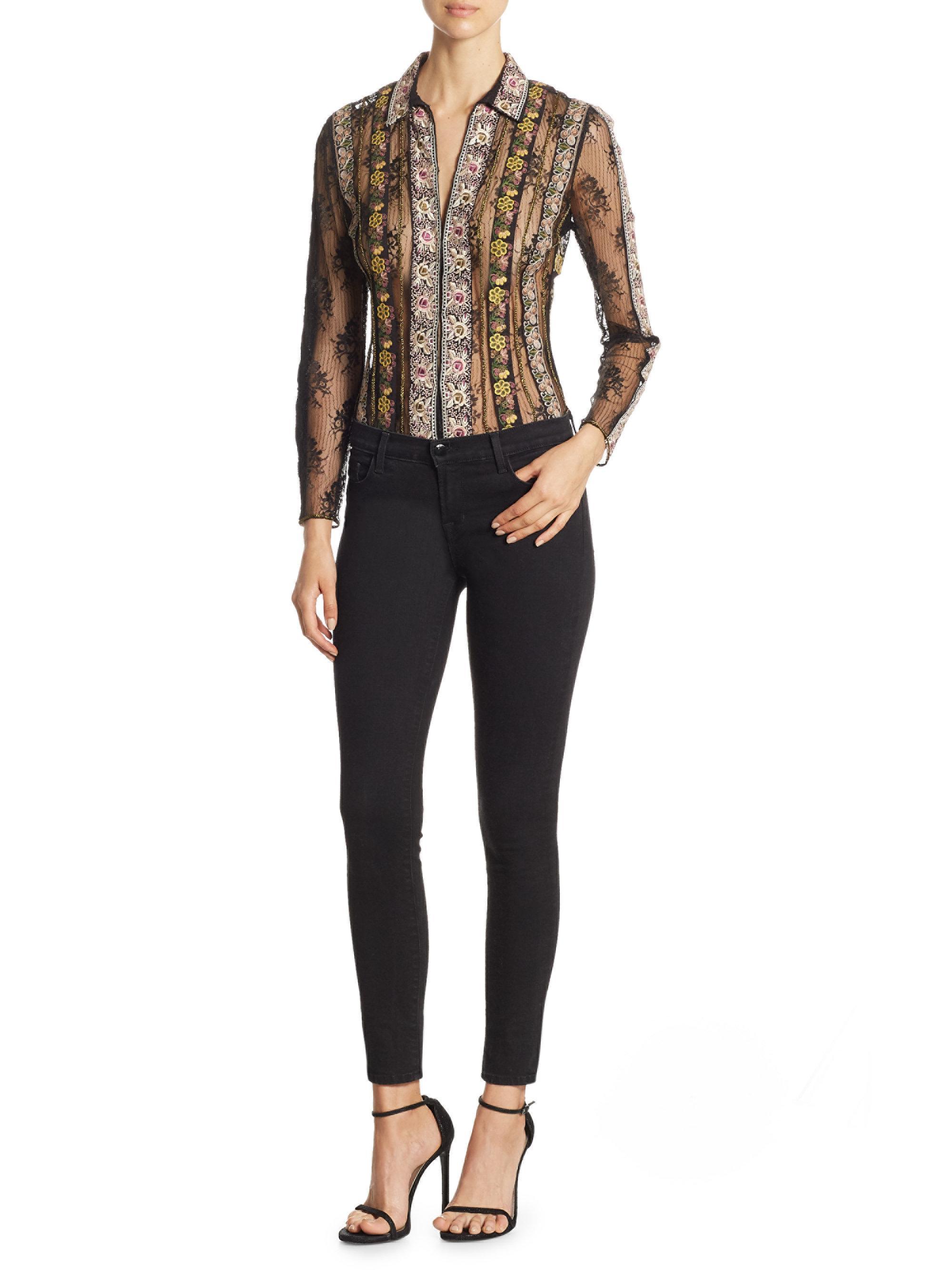 e9dca4788a1cb Lyst - Alice + Olivia Dalia Embroidered Fitted Top in Black