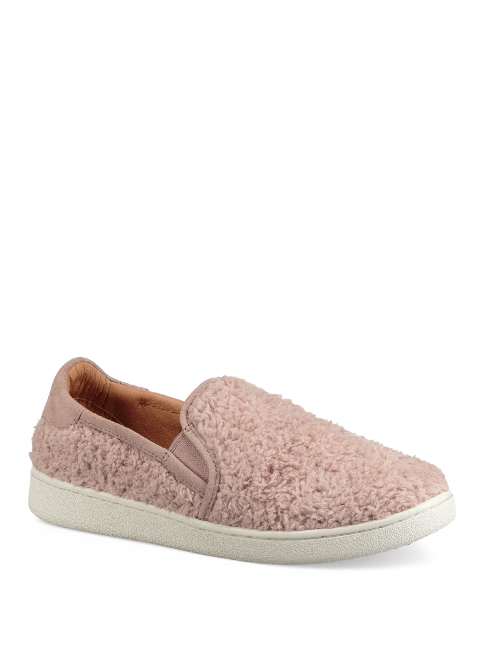 UGG Ricci Shearling Slip-On Sneakers UBry1pe71
