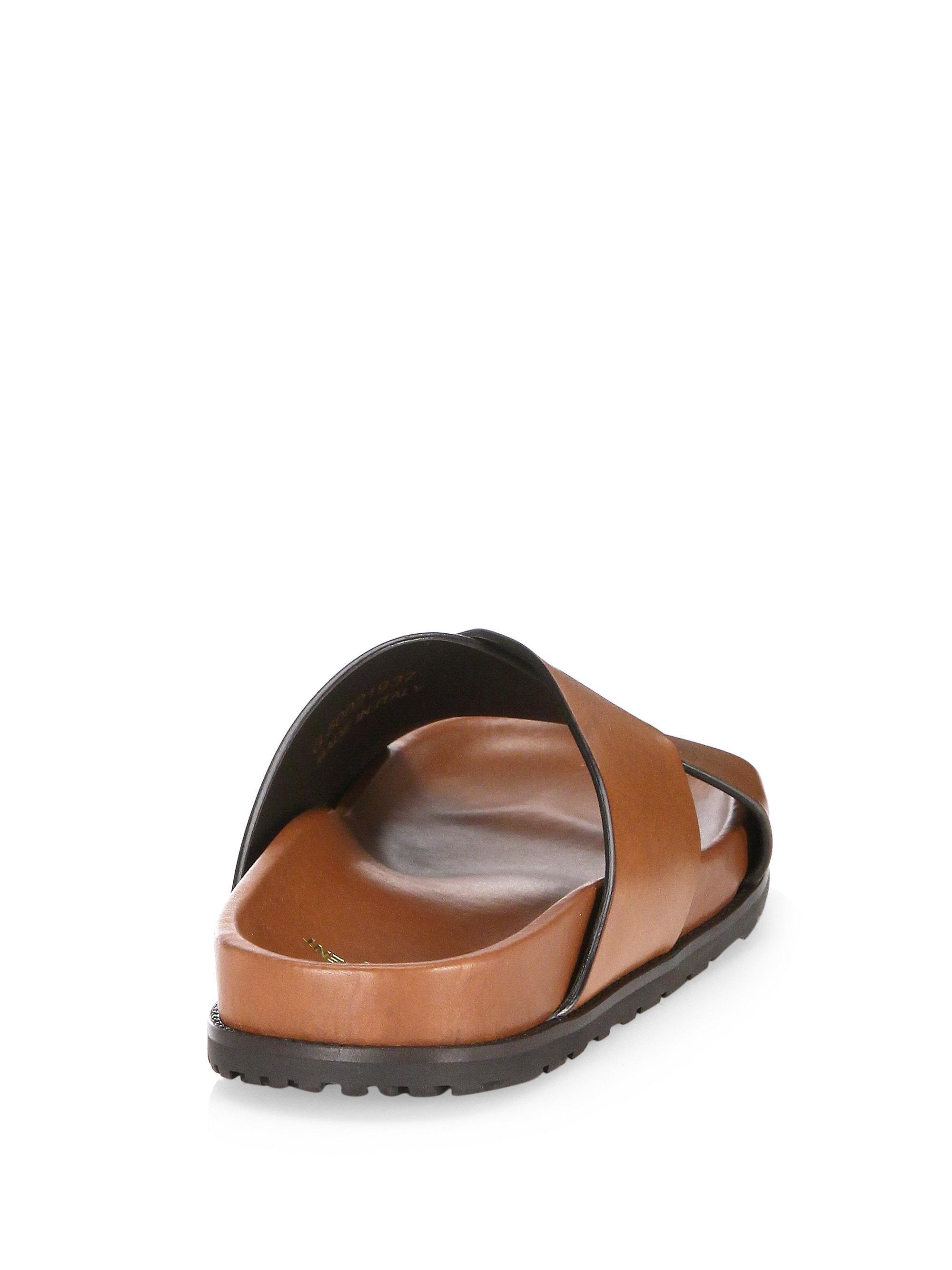 Saint Laurent Jimmy Crisscross Leather Flat Sandals IbVDQFg