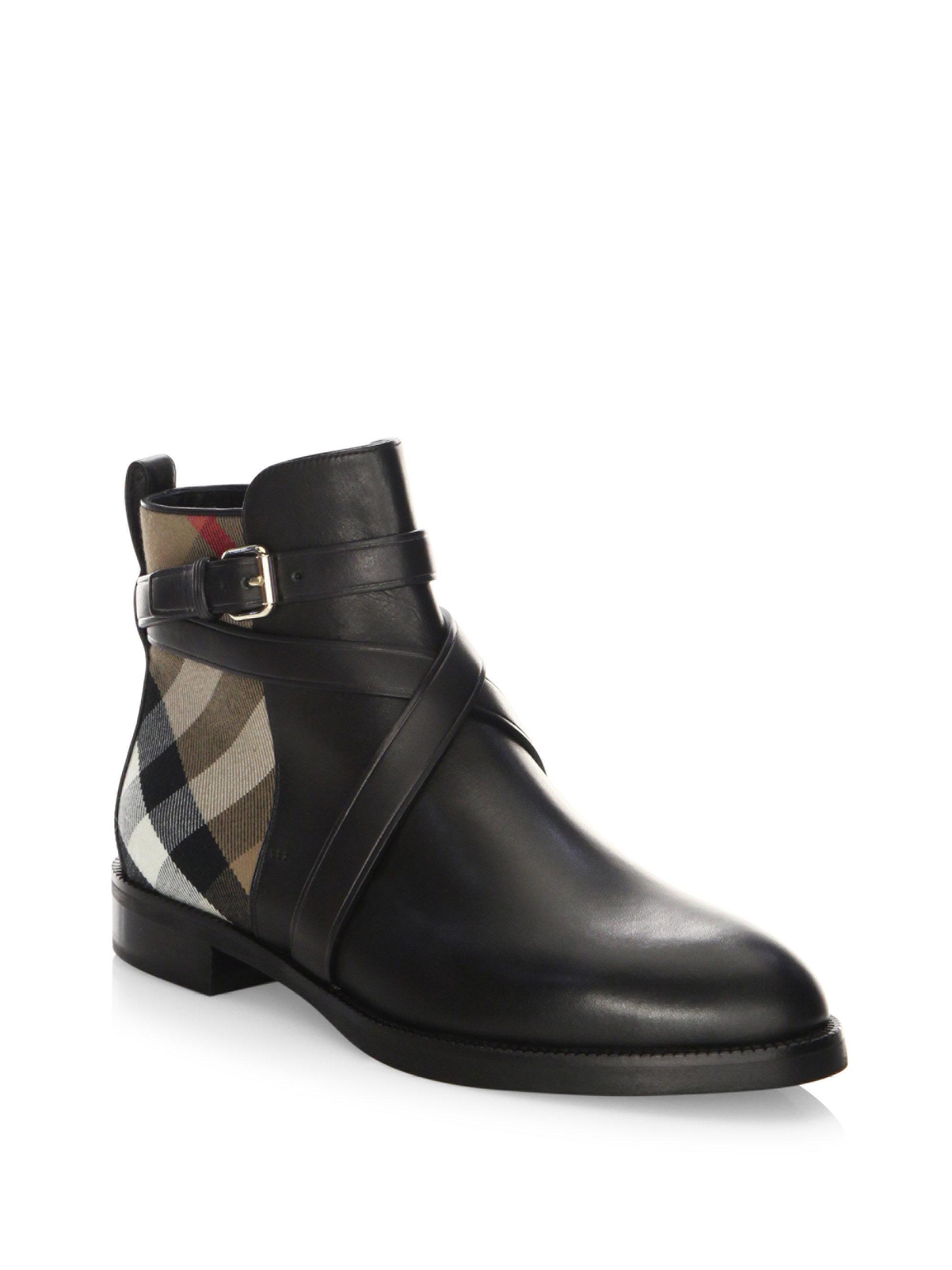 Aclaramiento Exclusiva Vaughn Flat Chelsea Boots in Black Calf Leather Burberry Sol Precio Al Por Mayor En Línea Navegar Por El Precio Barato OrAaeRQ