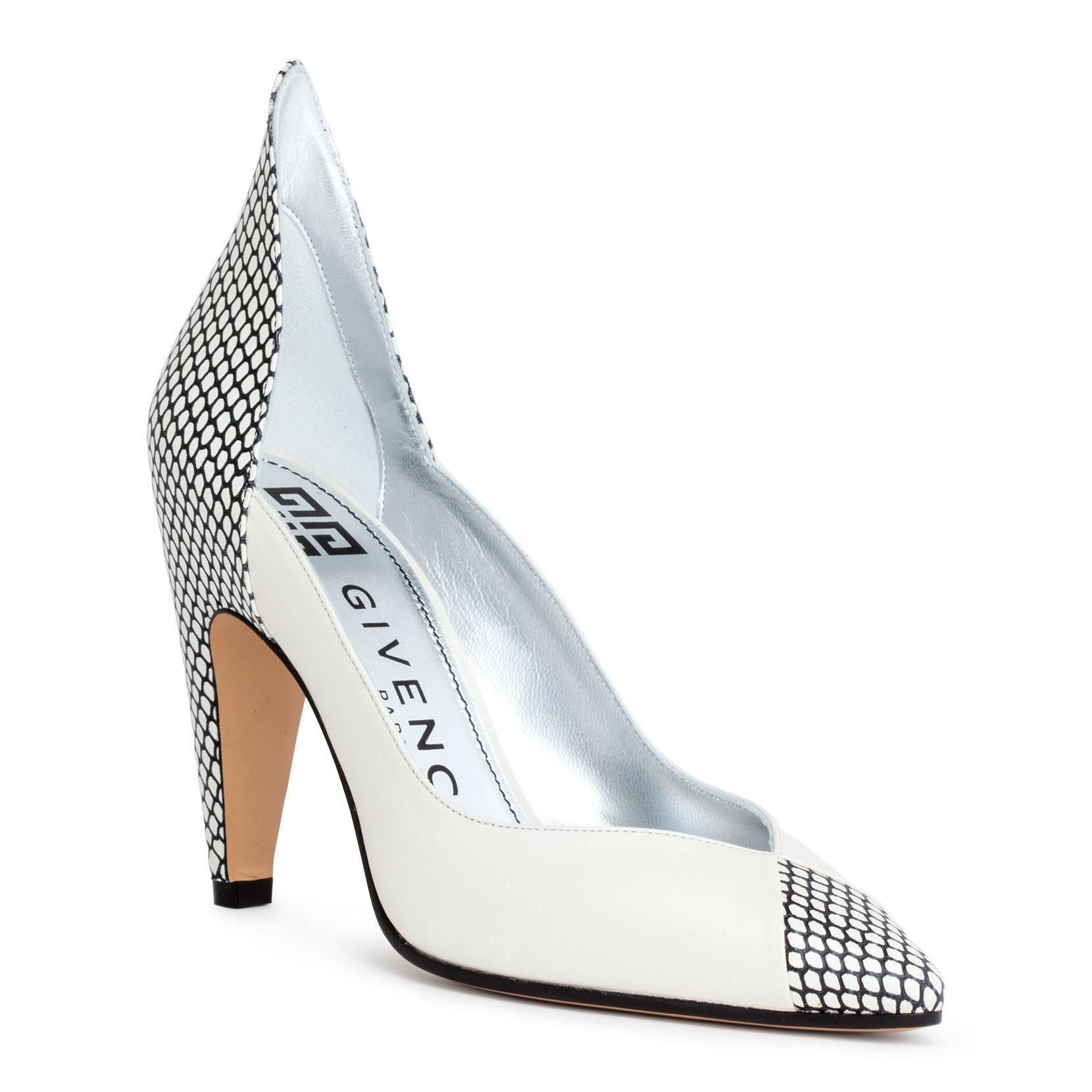 White 95 leather pumps Givenchy tTZTJ2D6OS