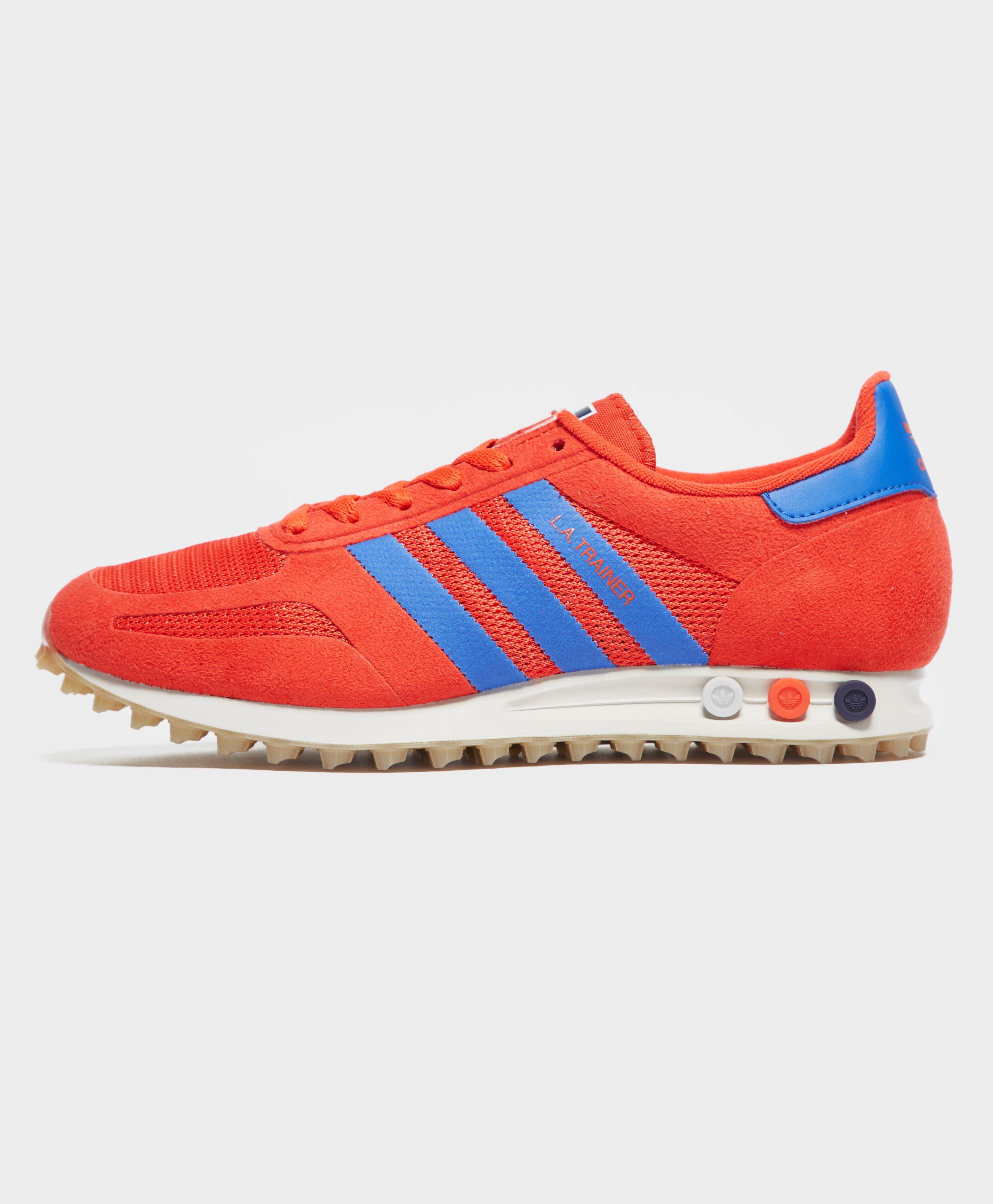 adidas originali la trainer in rosso per gli uomini lyst
