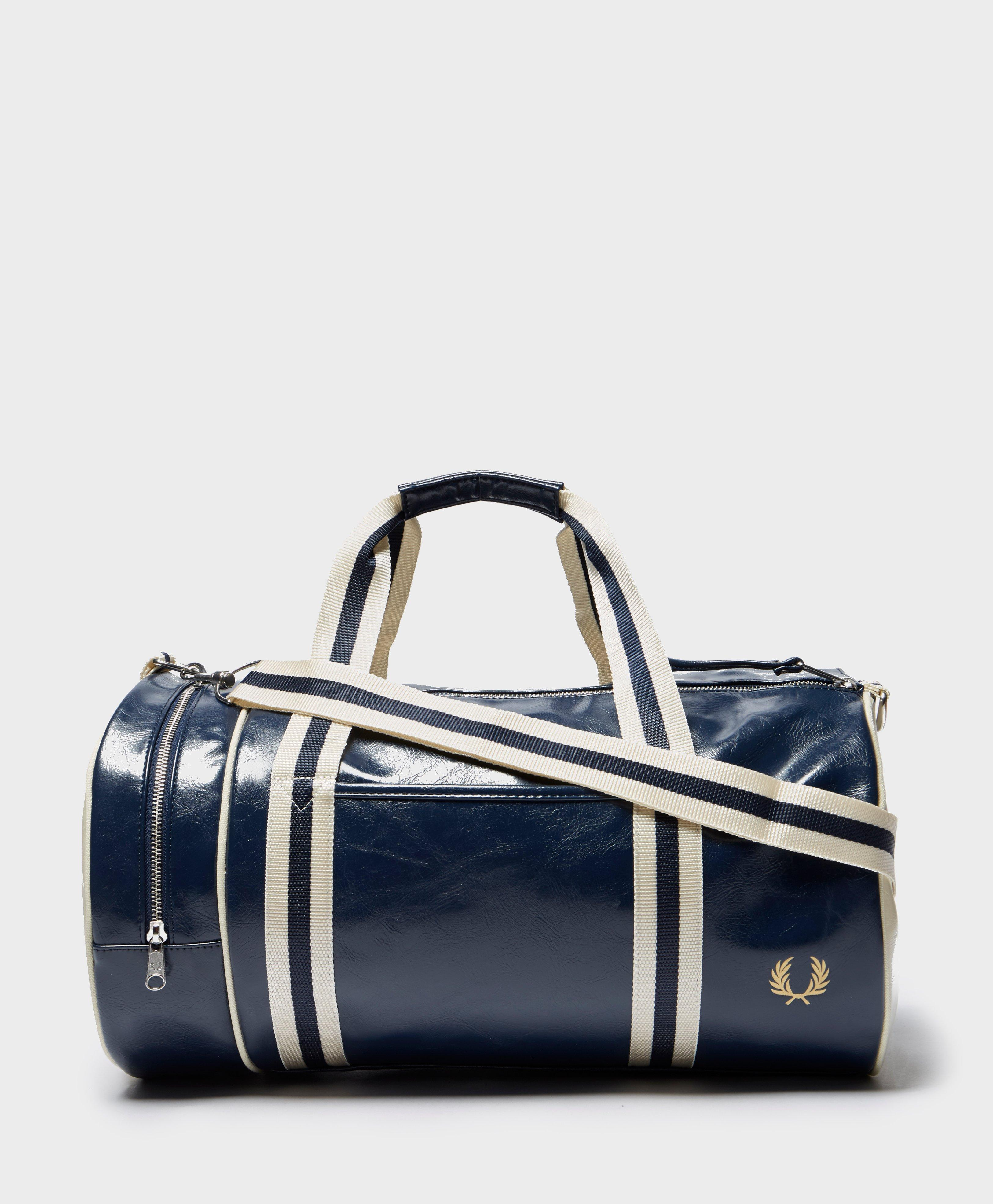 Fred Perry Classic Barrel Holdall in Blue for Men - Lyst a04036cf66dea