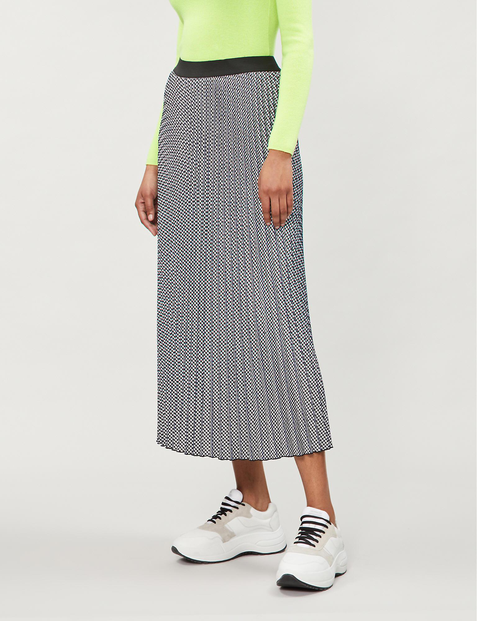 84551bf81 Maje - Gray Jazia Houndstooth Pleated Skirt - Lyst. View fullscreen