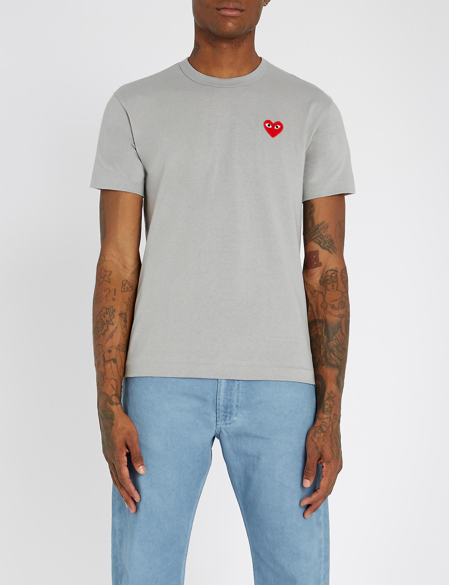 5a6e4bf8447 COMME DES GARÇONS PLAY Heart-appliqué Cotton-jersey T-shirt in Gray ...