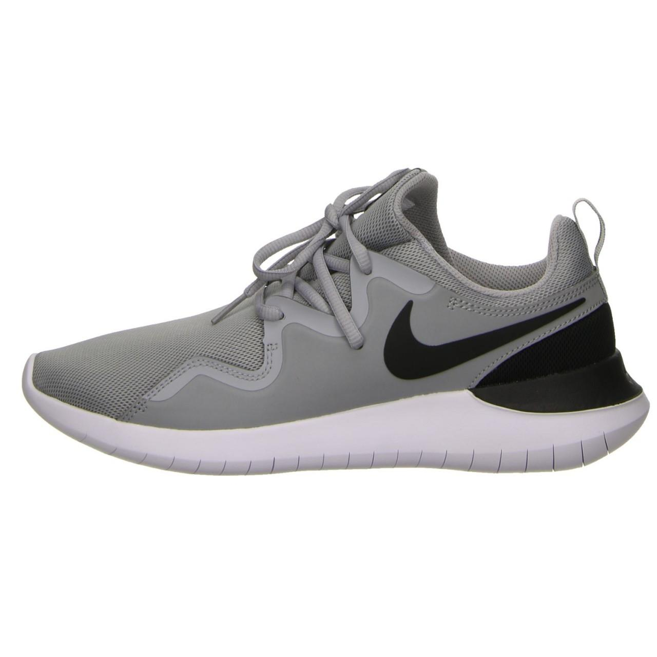 16036be6927f5 Nike Trainers Grey Tessen in Gray for Men - Lyst