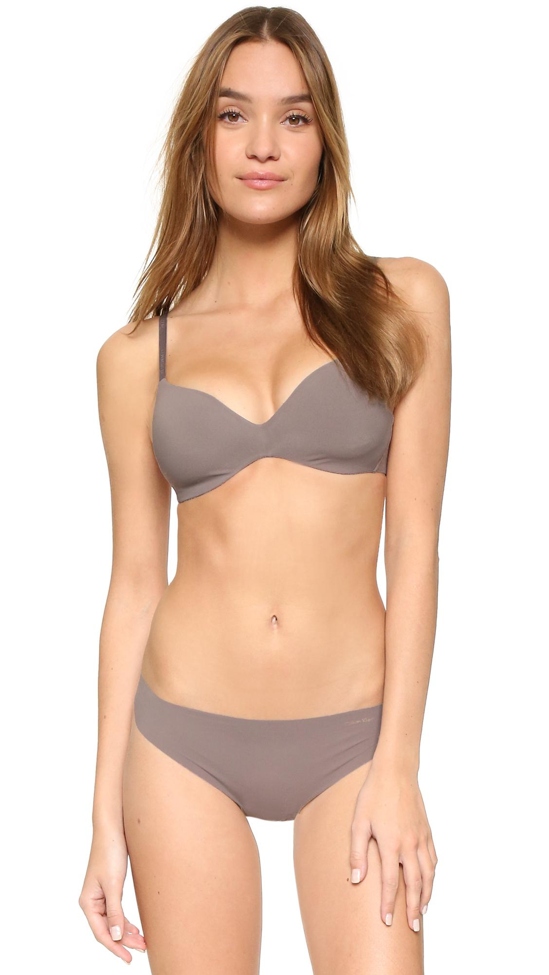 a4e8df3d2d Calvin Klein Perfectly Fit Wireless Contour Bra in Gray - Lyst