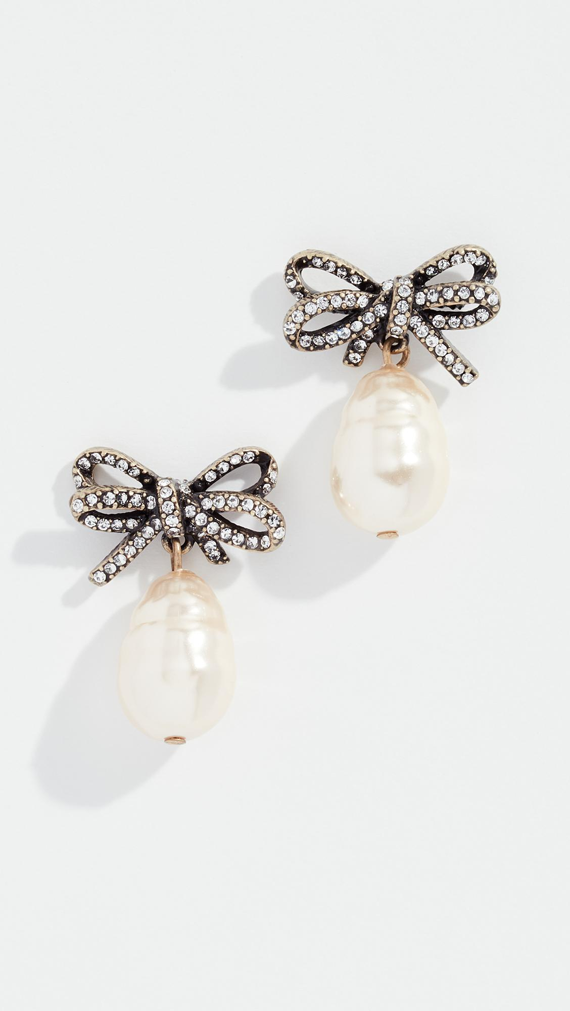 fac7403bf Marc Jacobs Bow Imitation Pearl Earrings - Lyst
