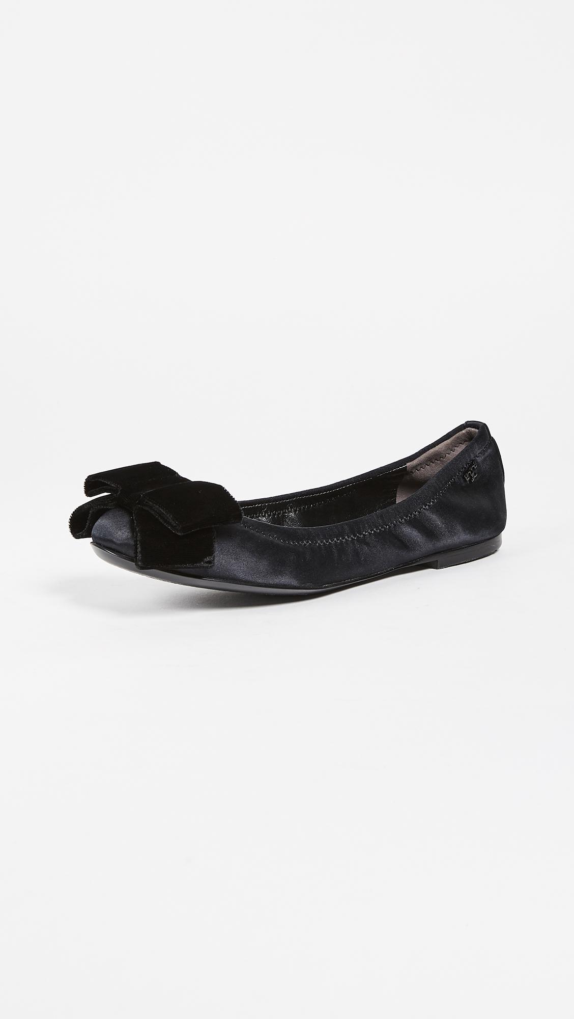 52986f126b1 Lyst - Tory Burch Viola Bow Ballet Flats in Black